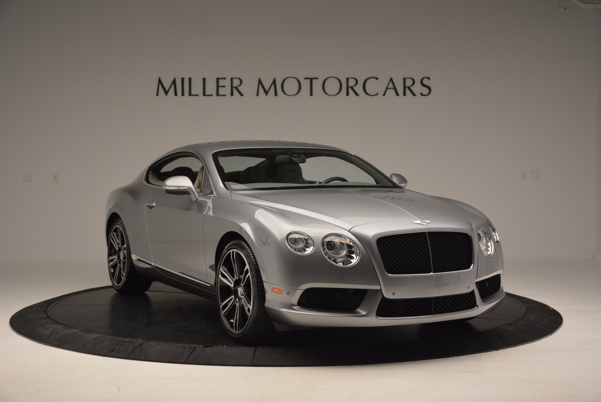 Used 2014 Bentley Continental GT V8  For Sale In Westport, CT 673_p11