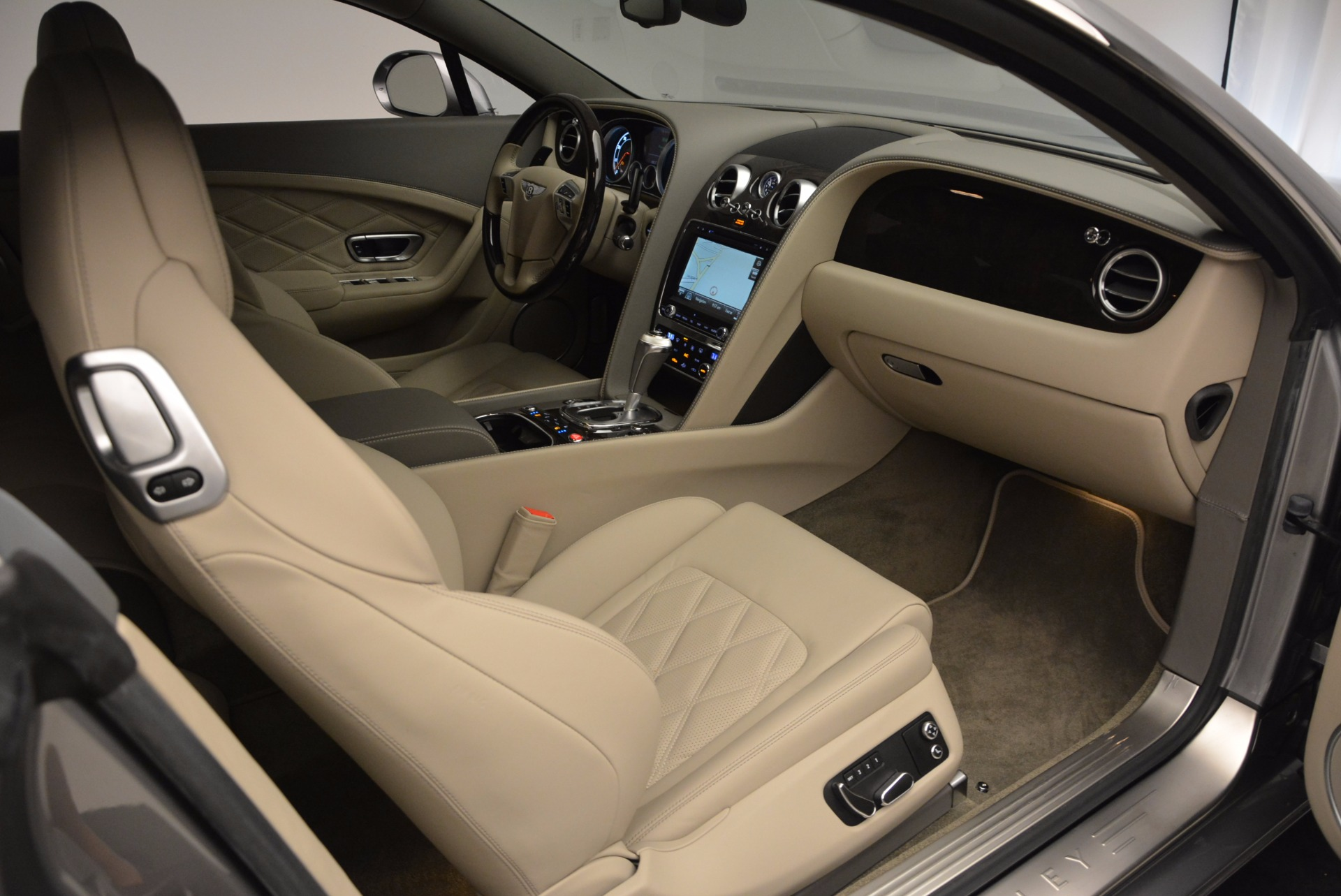 Used 2014 Bentley Continental GT V8  For Sale In Westport, CT 673_p33