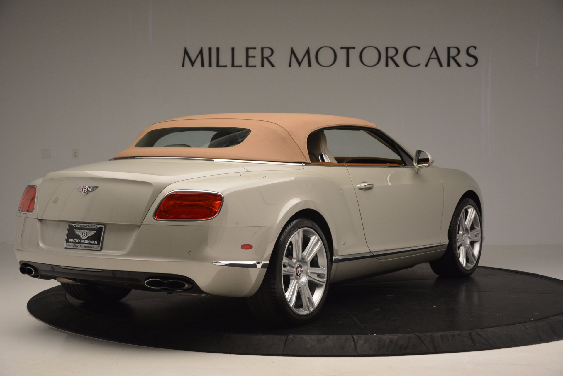 Used 2013 Bentley Continental GTC V8  For Sale In Westport, CT 675_p20