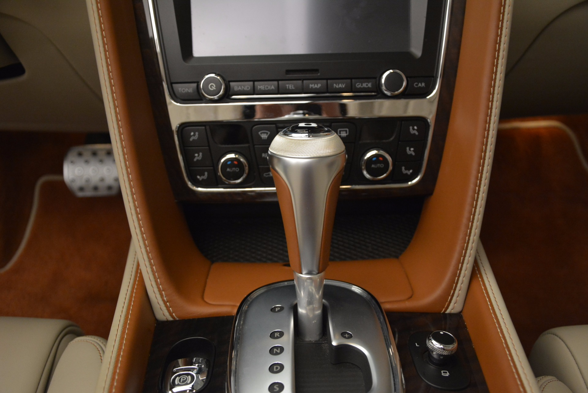 Used 2013 Bentley Continental GTC V8  For Sale In Westport, CT 675_p39