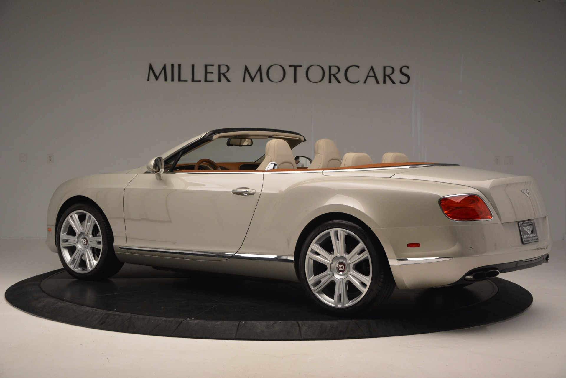 Used 2013 Bentley Continental GTC V8  For Sale In Westport, CT 675_p4
