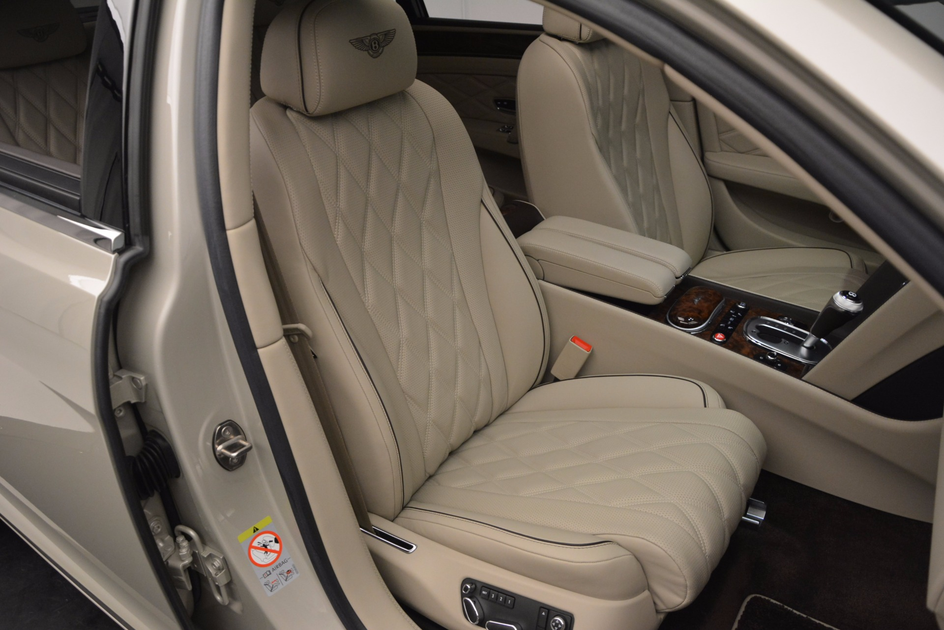 Used 2015 Bentley Flying Spur W12  For Sale In Westport, CT 694_p38