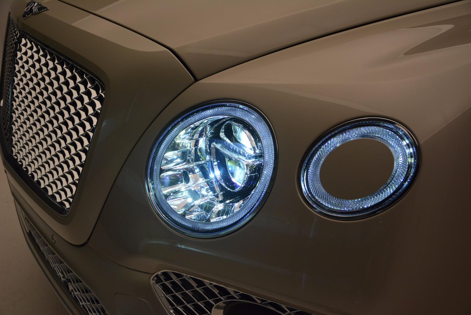 Used 2017 Bentley Bentayga  For Sale In Westport, CT 695_p12