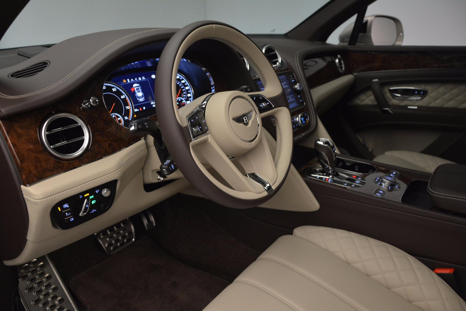 Used 2017 Bentley Bentayga  For Sale In Westport, CT 695_p20