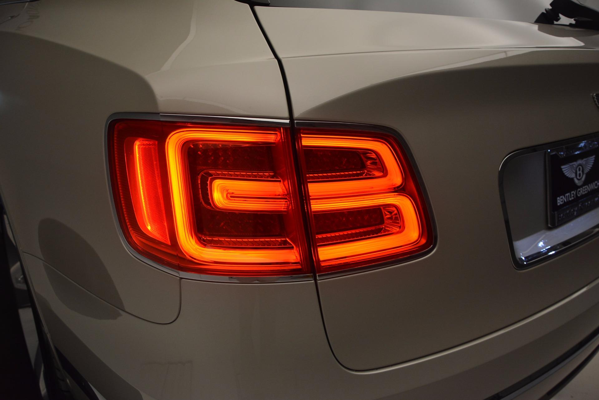 Used 2017 Bentley Bentayga  For Sale In Westport, CT 695_p33