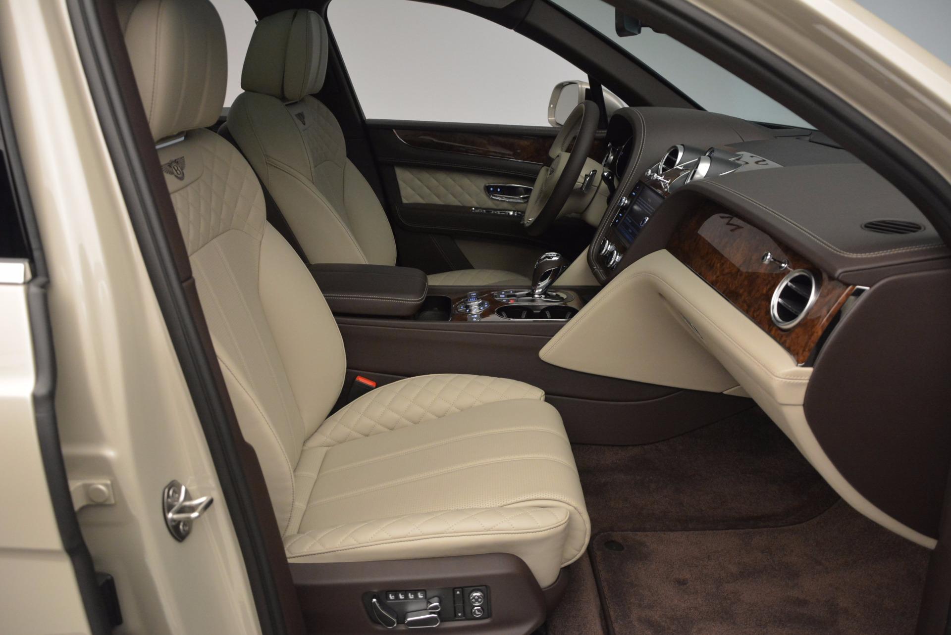 Used 2017 Bentley Bentayga  For Sale In Westport, CT 695_p37
