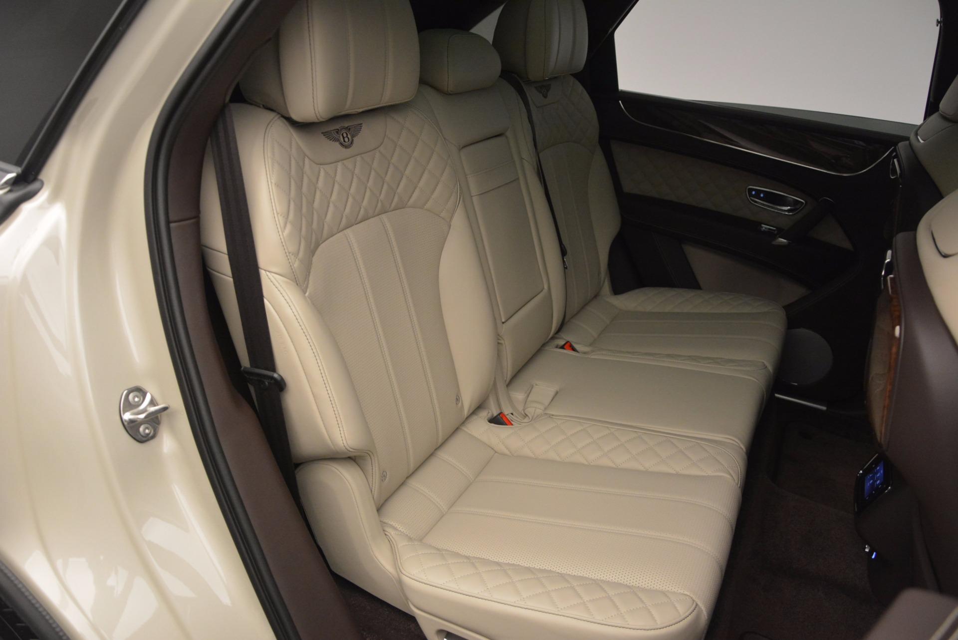 Used 2017 Bentley Bentayga  For Sale In Westport, CT 695_p43