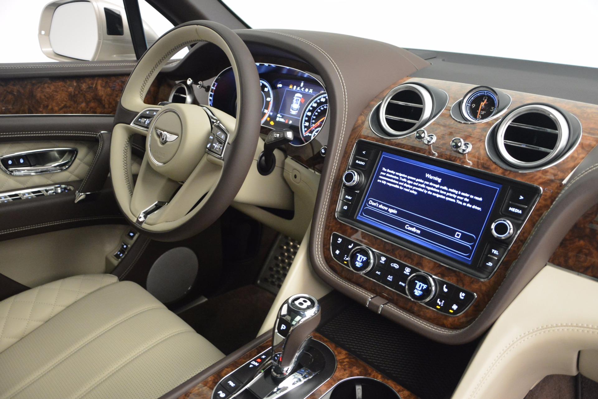Used 2017 Bentley Bentayga  For Sale In Westport, CT 695_p46