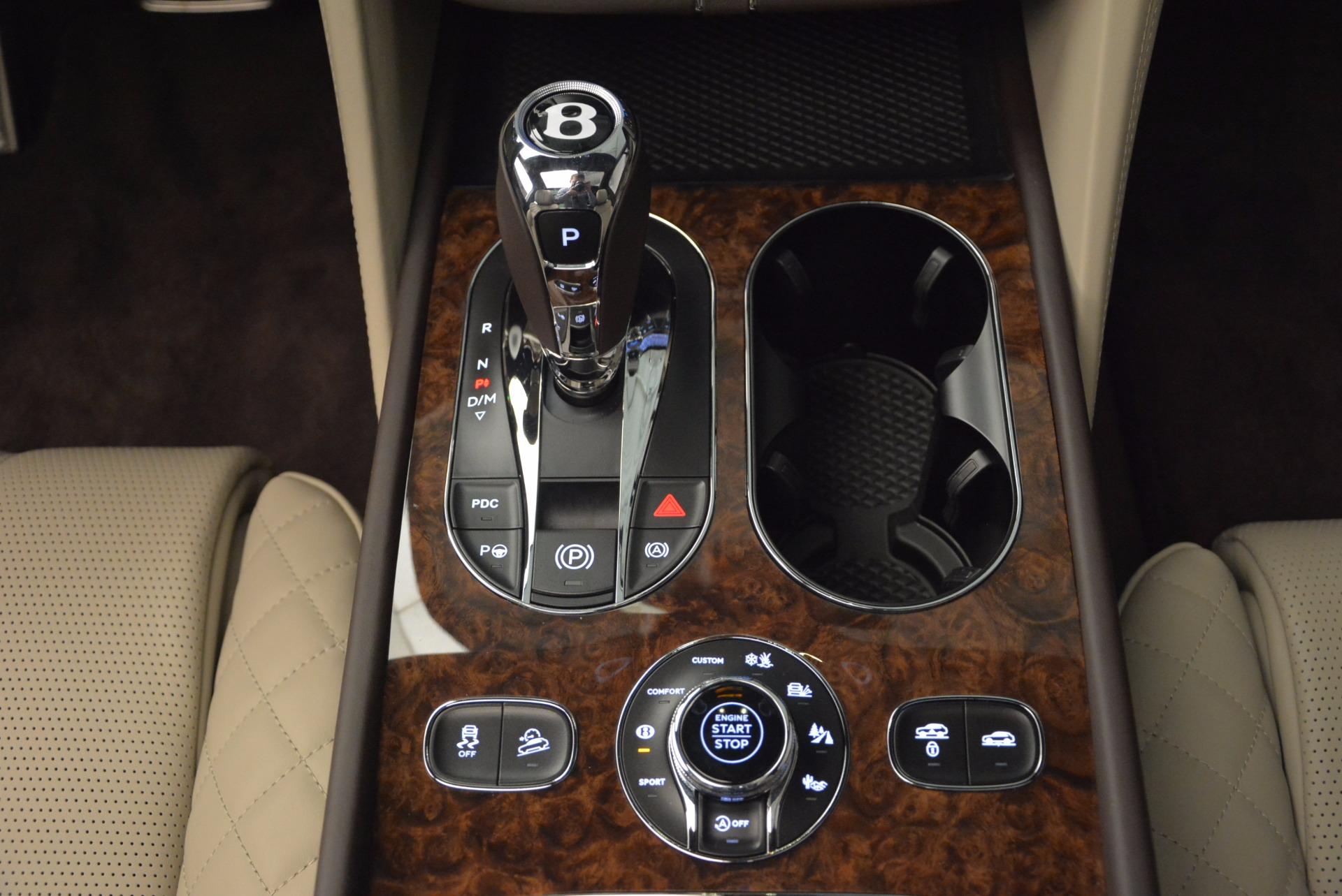 Used 2017 Bentley Bentayga  For Sale In Westport, CT 695_p49