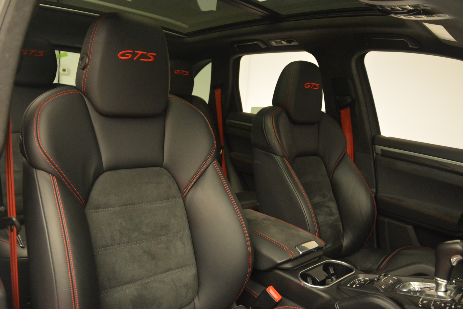 Used 2014 Porsche Cayenne GTS For Sale In Westport, CT 697_p27