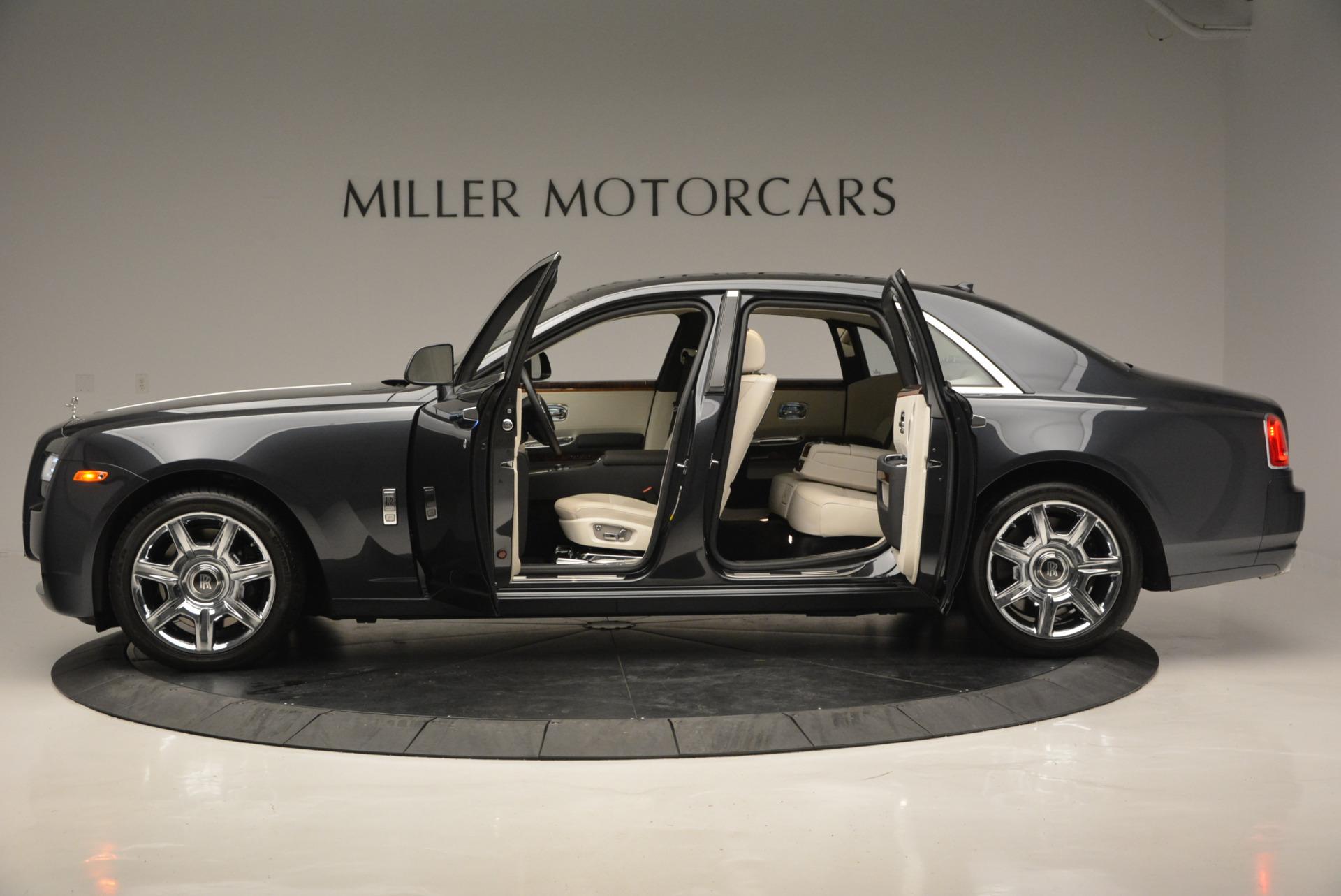 Used 2013 Rolls-Royce Ghost  For Sale In Westport, CT 702_p15