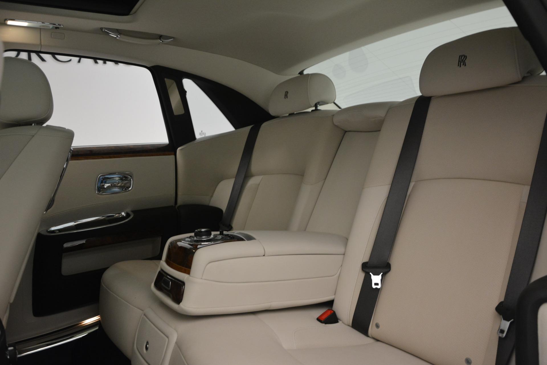 Used 2013 Rolls-Royce Ghost  For Sale In Westport, CT 702_p22