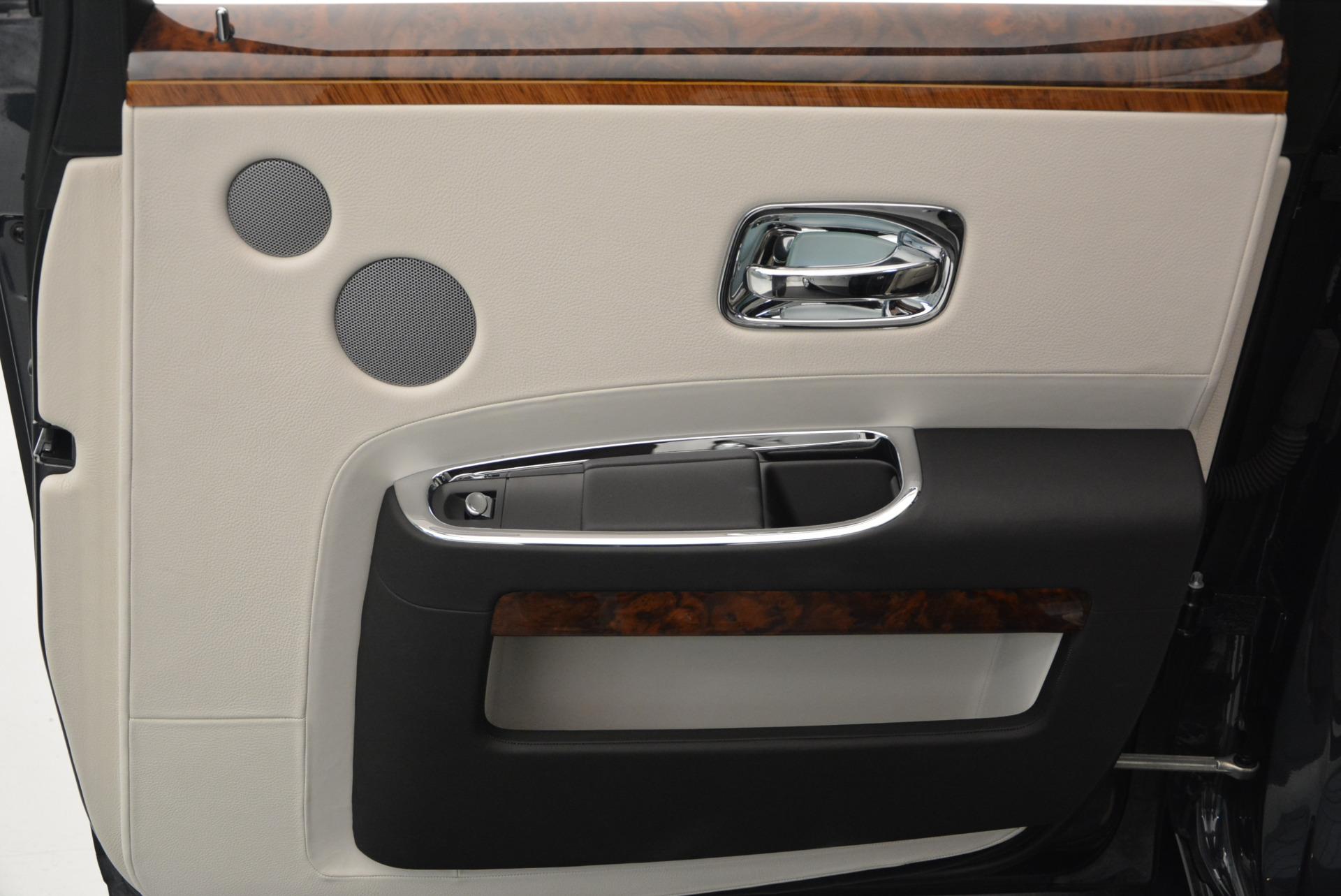 Used 2013 Rolls-Royce Ghost  For Sale In Westport, CT 702_p36