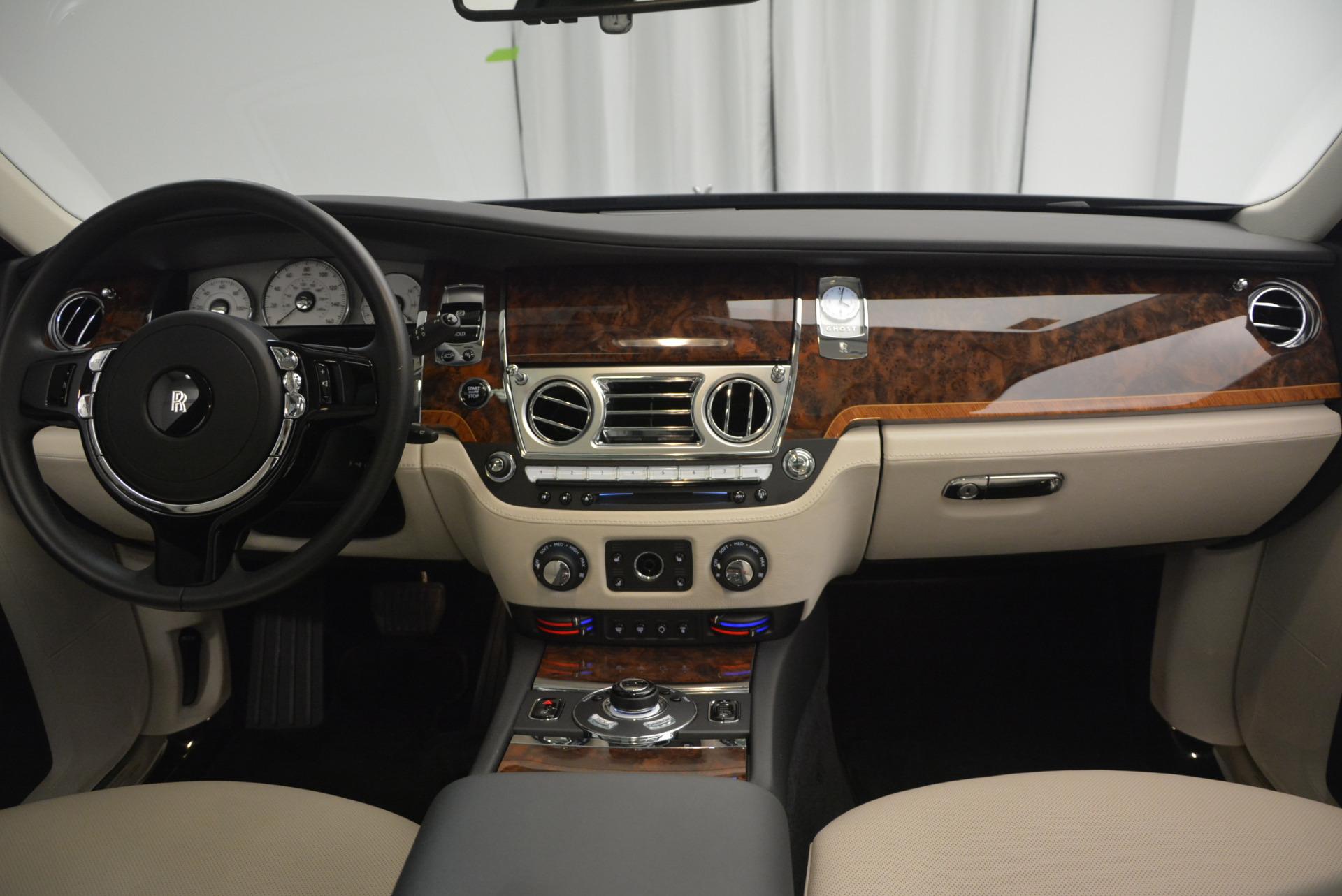 Used 2013 Rolls-Royce Ghost  For Sale In Westport, CT 702_p38