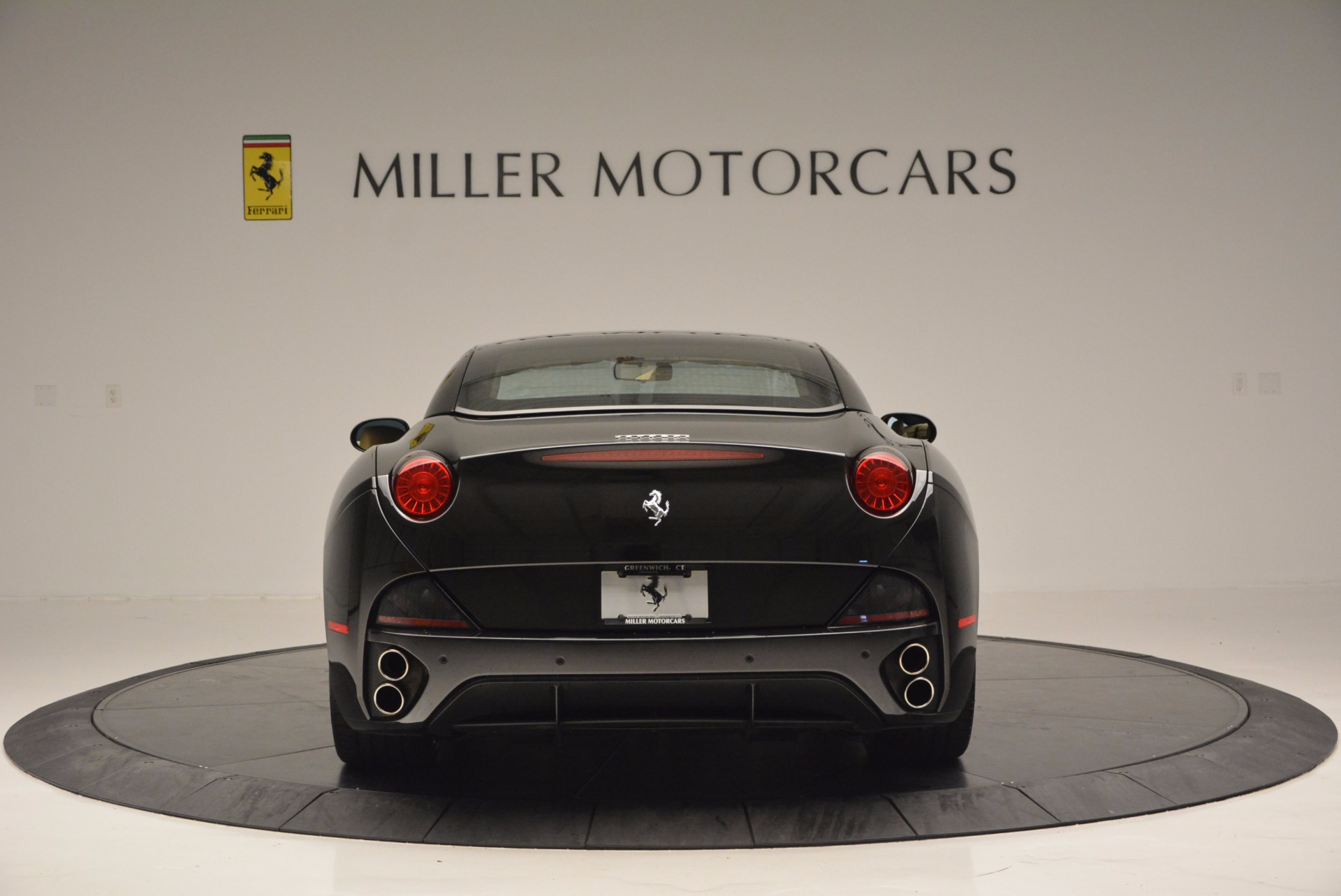 Used 2010 Ferrari California  For Sale In Westport, CT 705_p18
