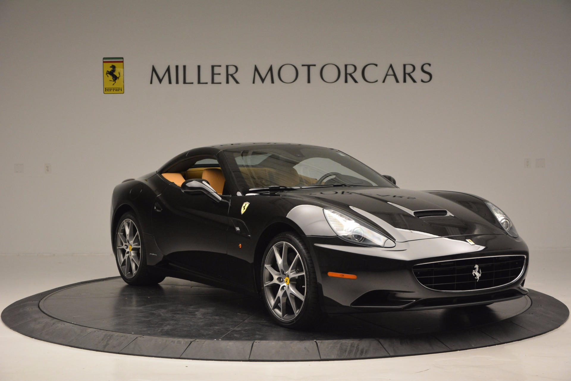 Used 2010 Ferrari California  For Sale In Westport, CT 705_p23