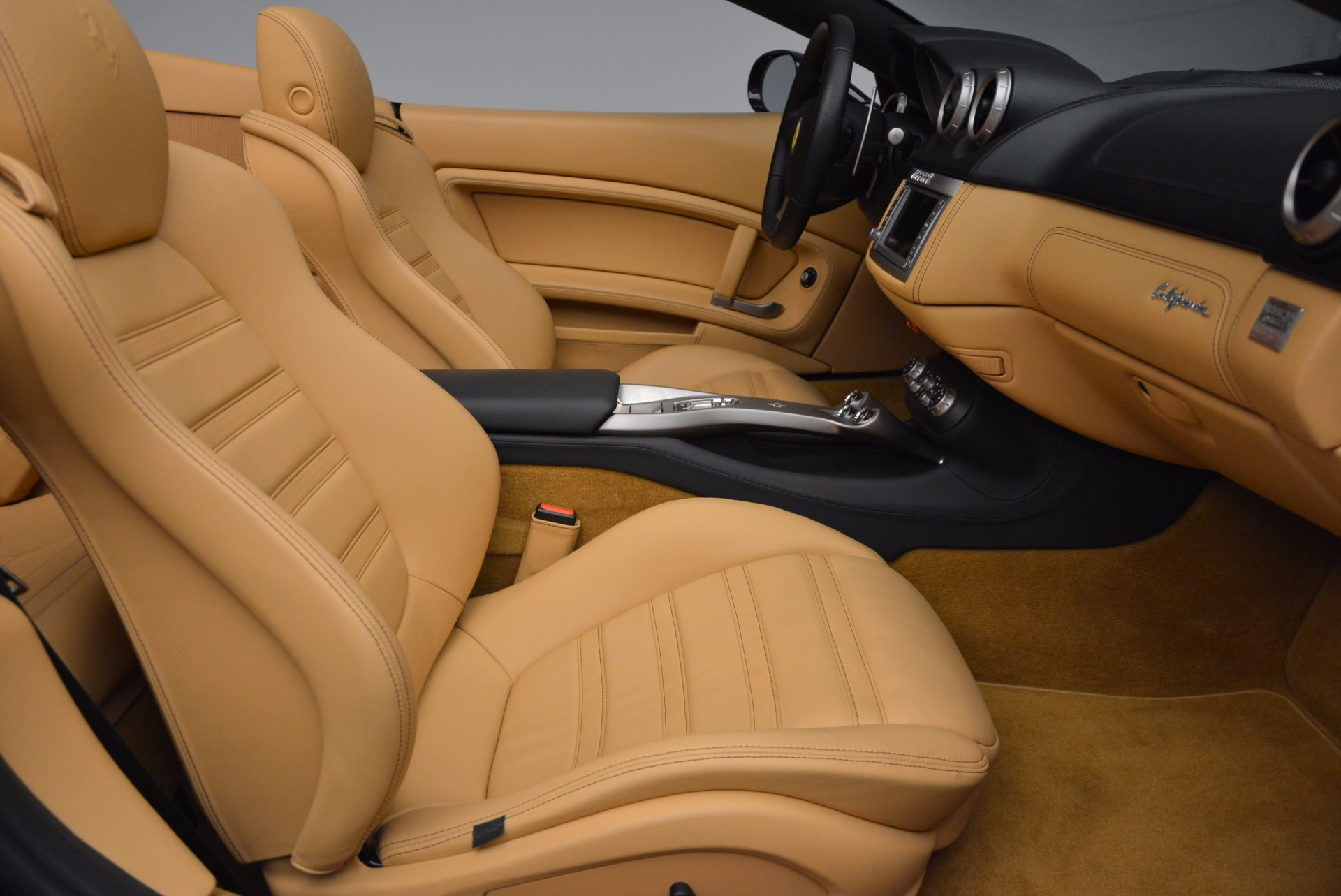Used 2010 Ferrari California  For Sale In Westport, CT 705_p31