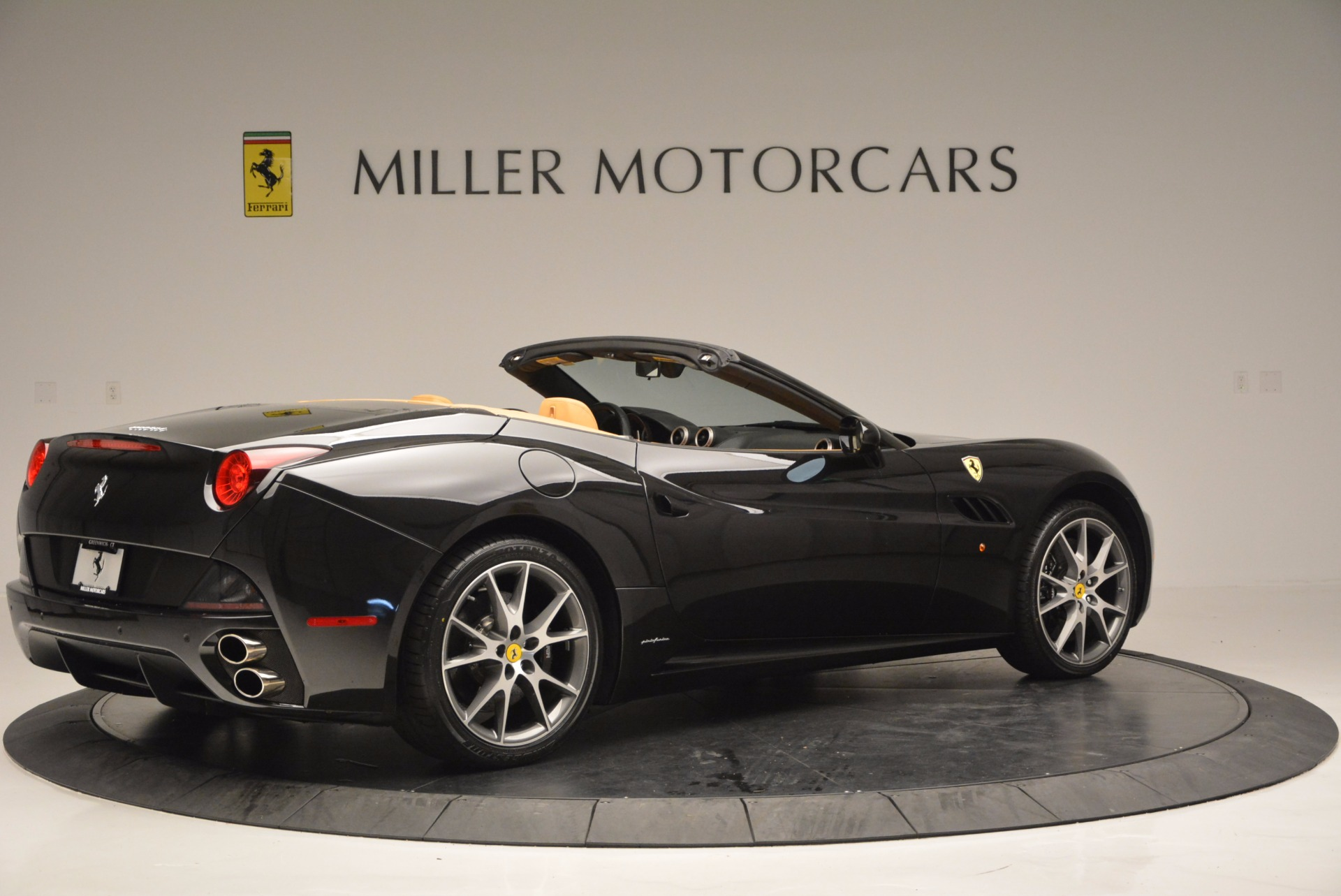 Used 2010 Ferrari California  For Sale In Westport, CT 705_p8