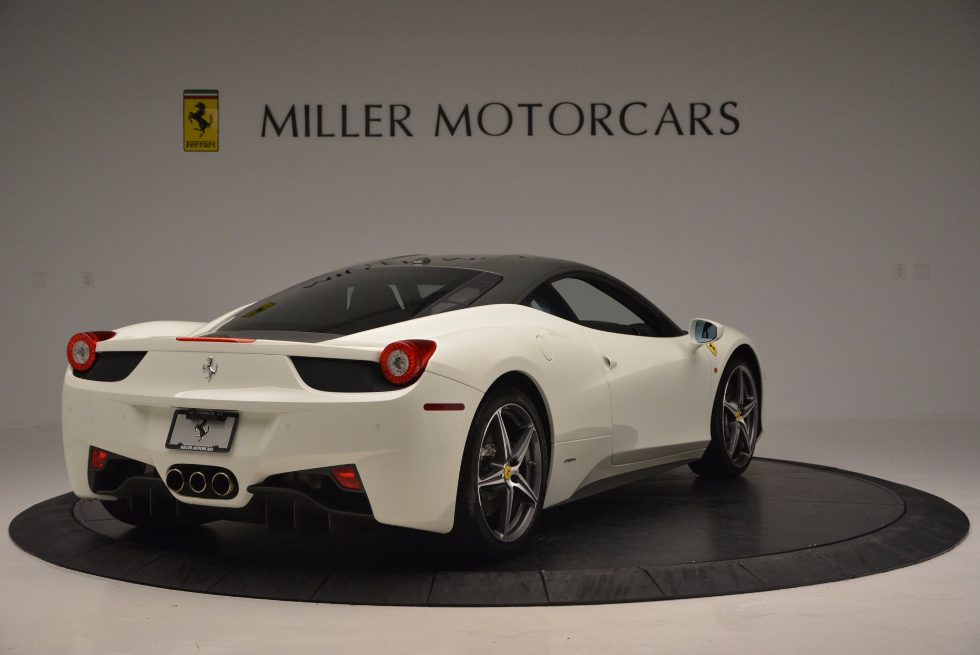 Used 2012 Ferrari 458 Italia  For Sale In Westport, CT 709_p7