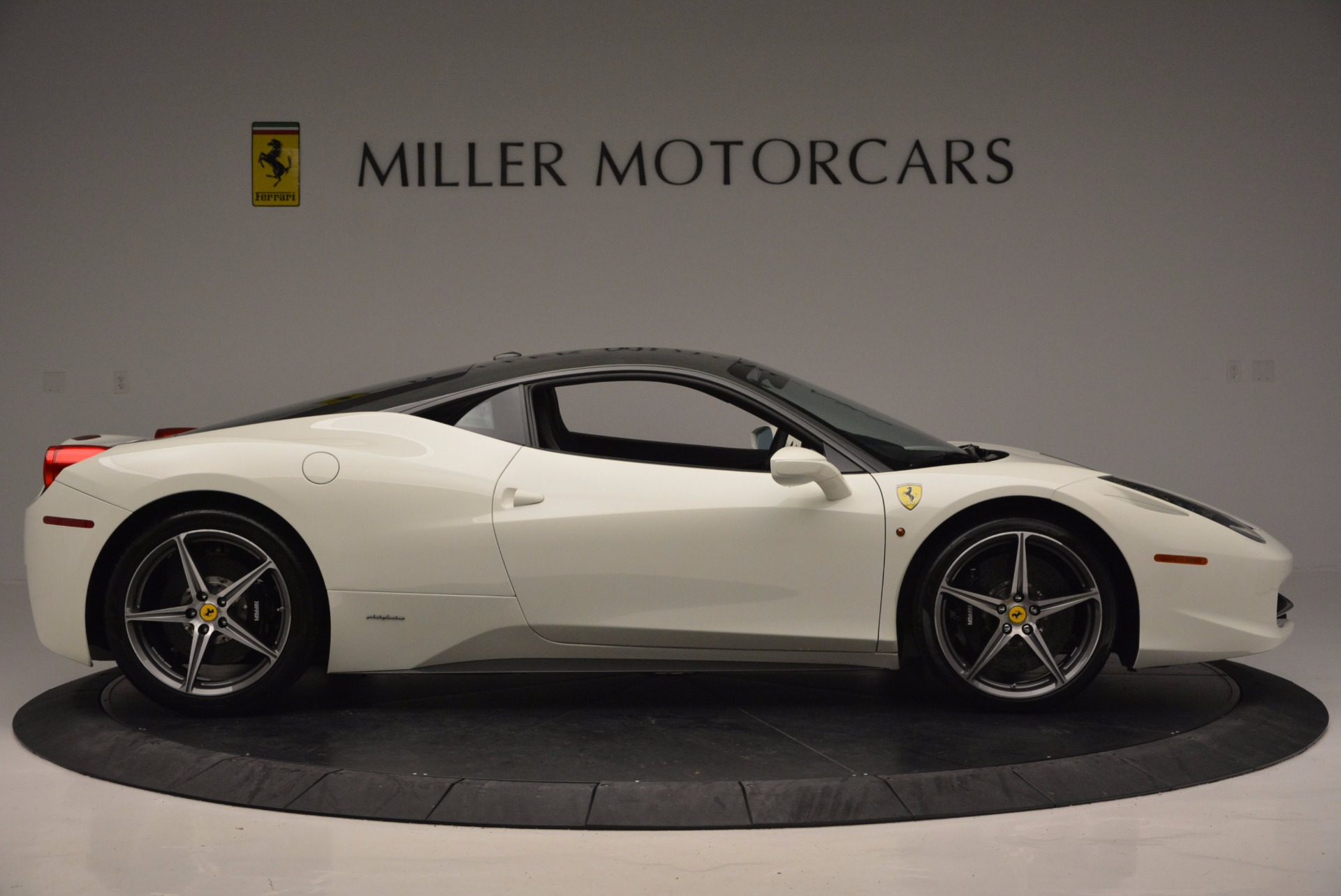 Used 2012 Ferrari 458 Italia  For Sale In Westport, CT 709_p9