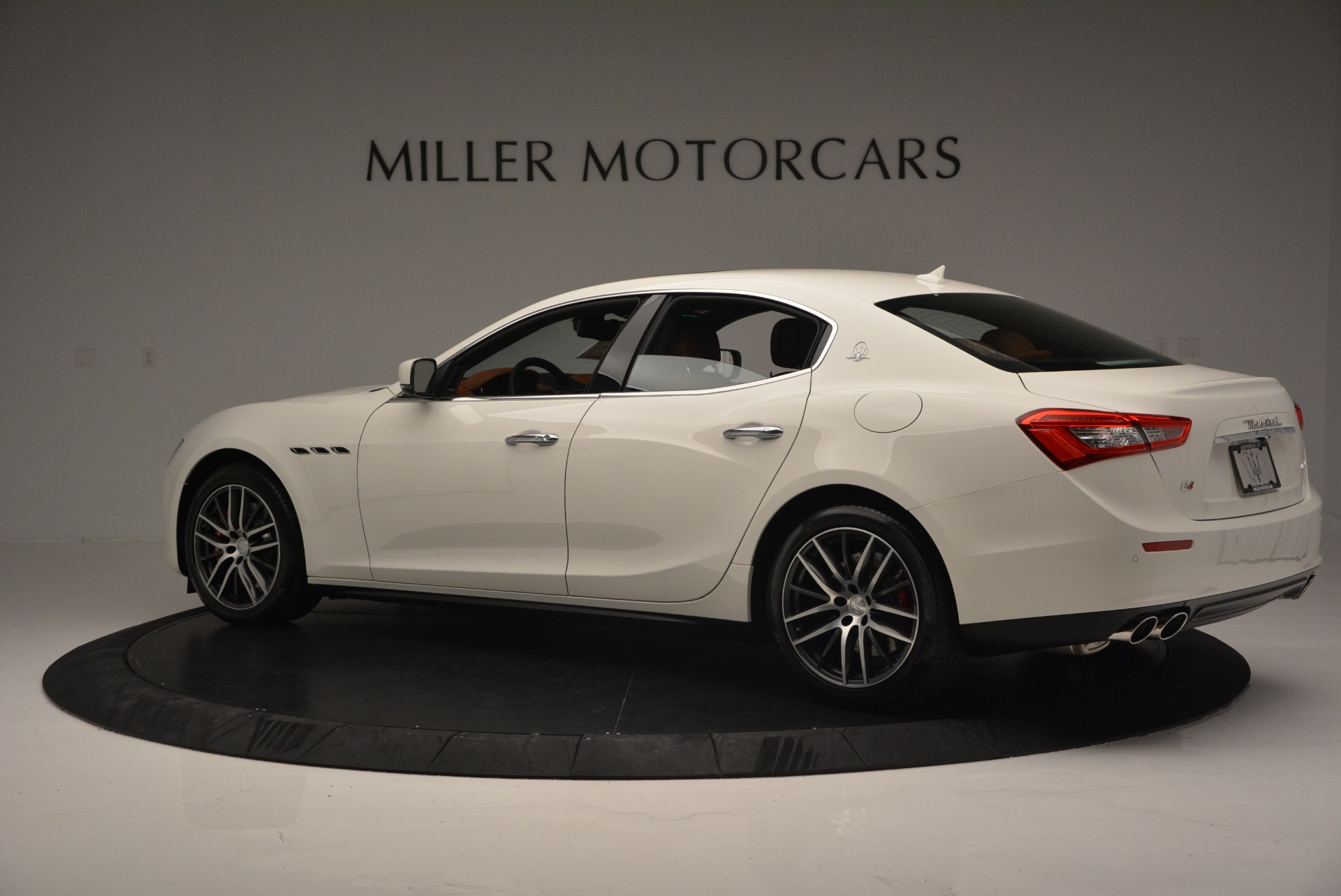 Used 2017 Maserati Ghibli S Q4 Ex-Loaner For Sale In Westport, CT 719_p4