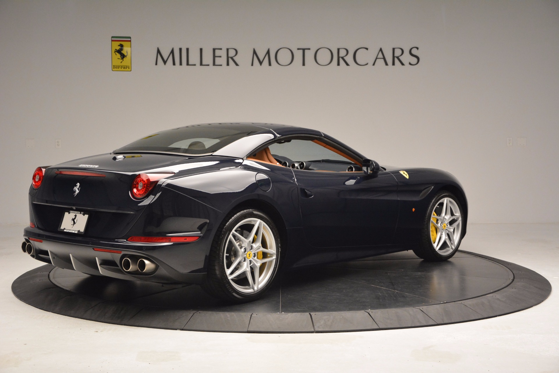 Used 2015 Ferrari California T  For Sale In Westport, CT 737_p20