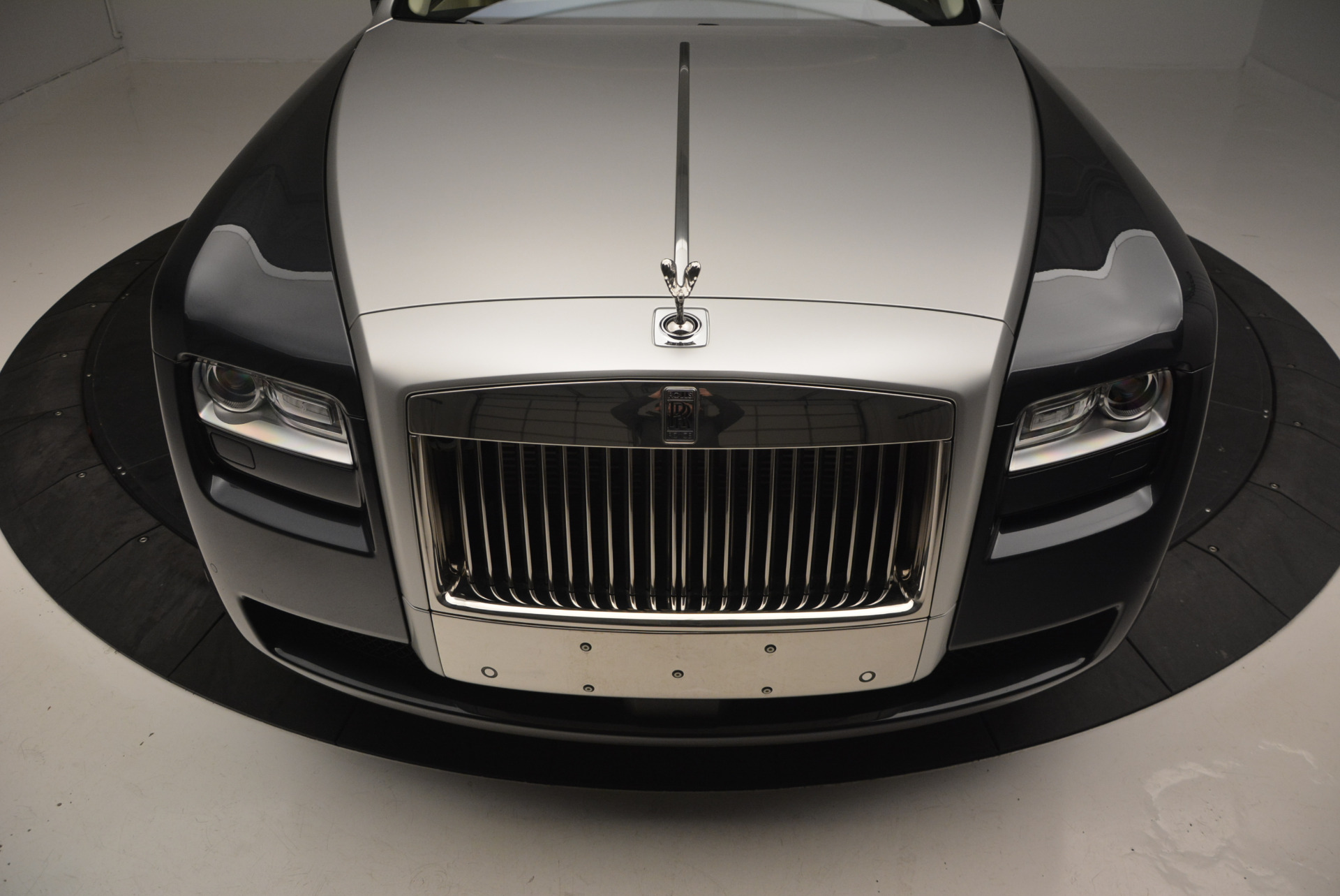 Used 2013 Rolls-Royce Ghost  For Sale In Westport, CT 739_p14