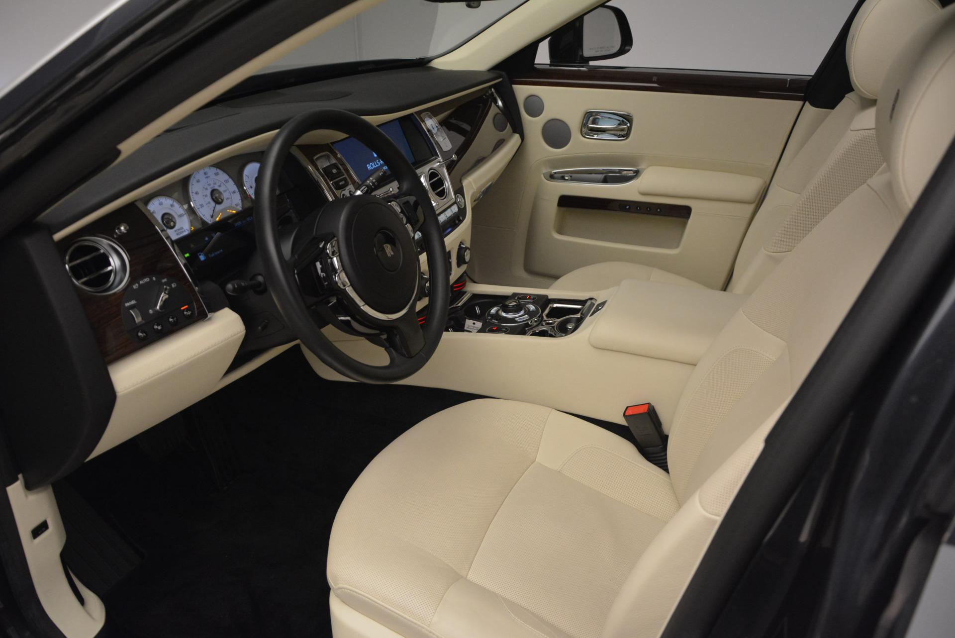 Used 2013 Rolls-Royce Ghost  For Sale In Westport, CT 739_p25
