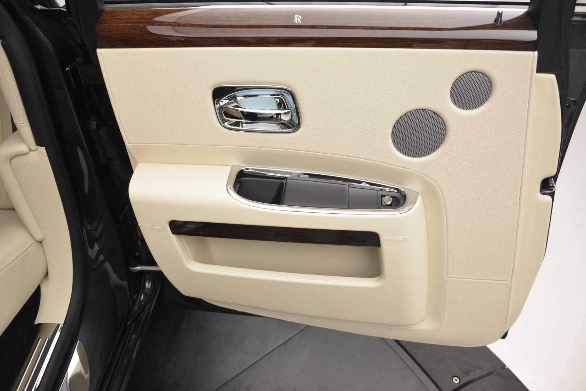 Used 2013 Rolls-Royce Ghost  For Sale In Westport, CT 739_p26