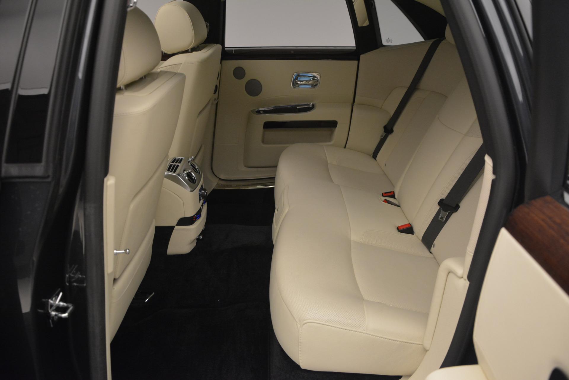 Used 2013 Rolls-Royce Ghost  For Sale In Westport, CT 739_p29