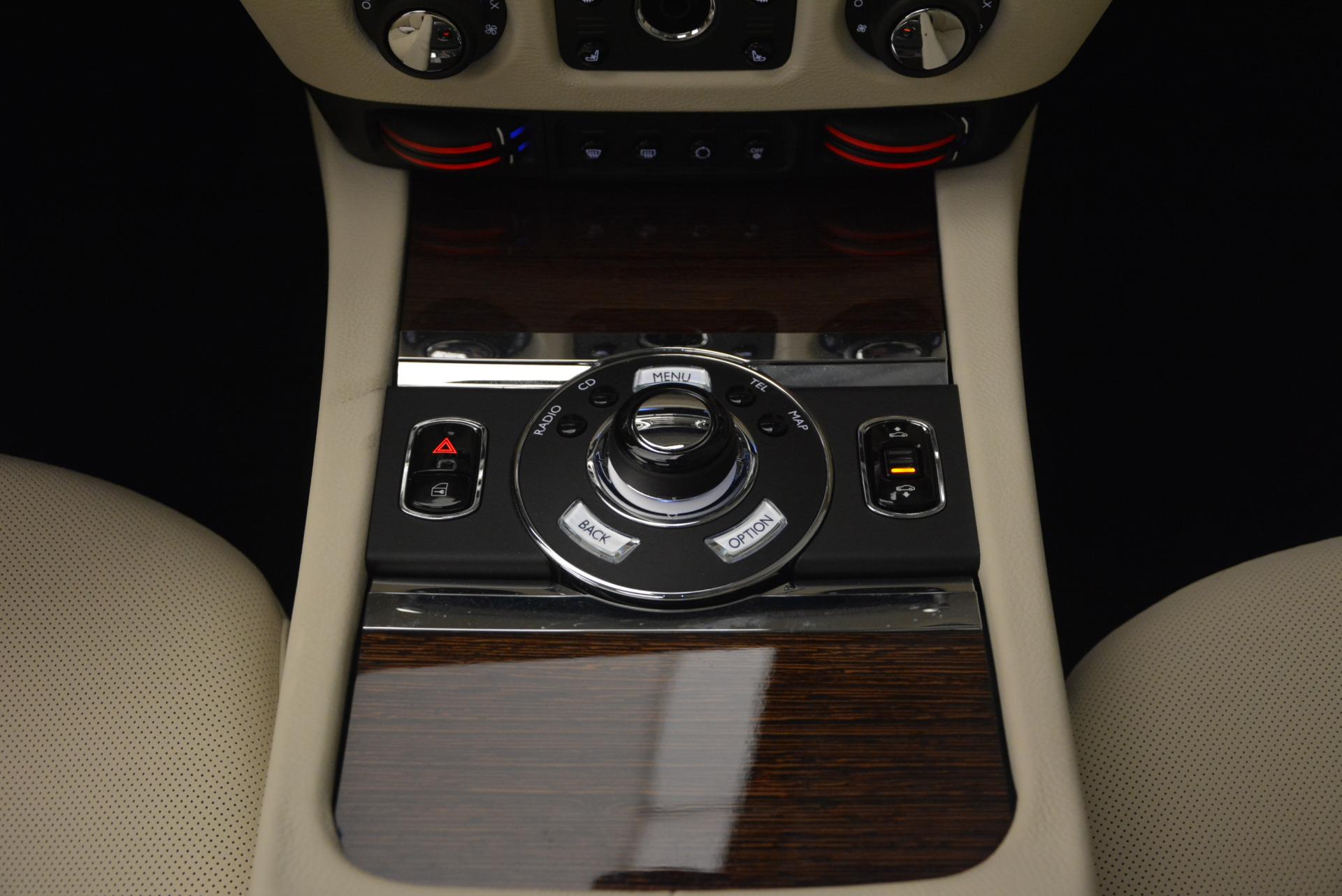 Used 2013 Rolls-Royce Ghost  For Sale In Westport, CT 739_p35