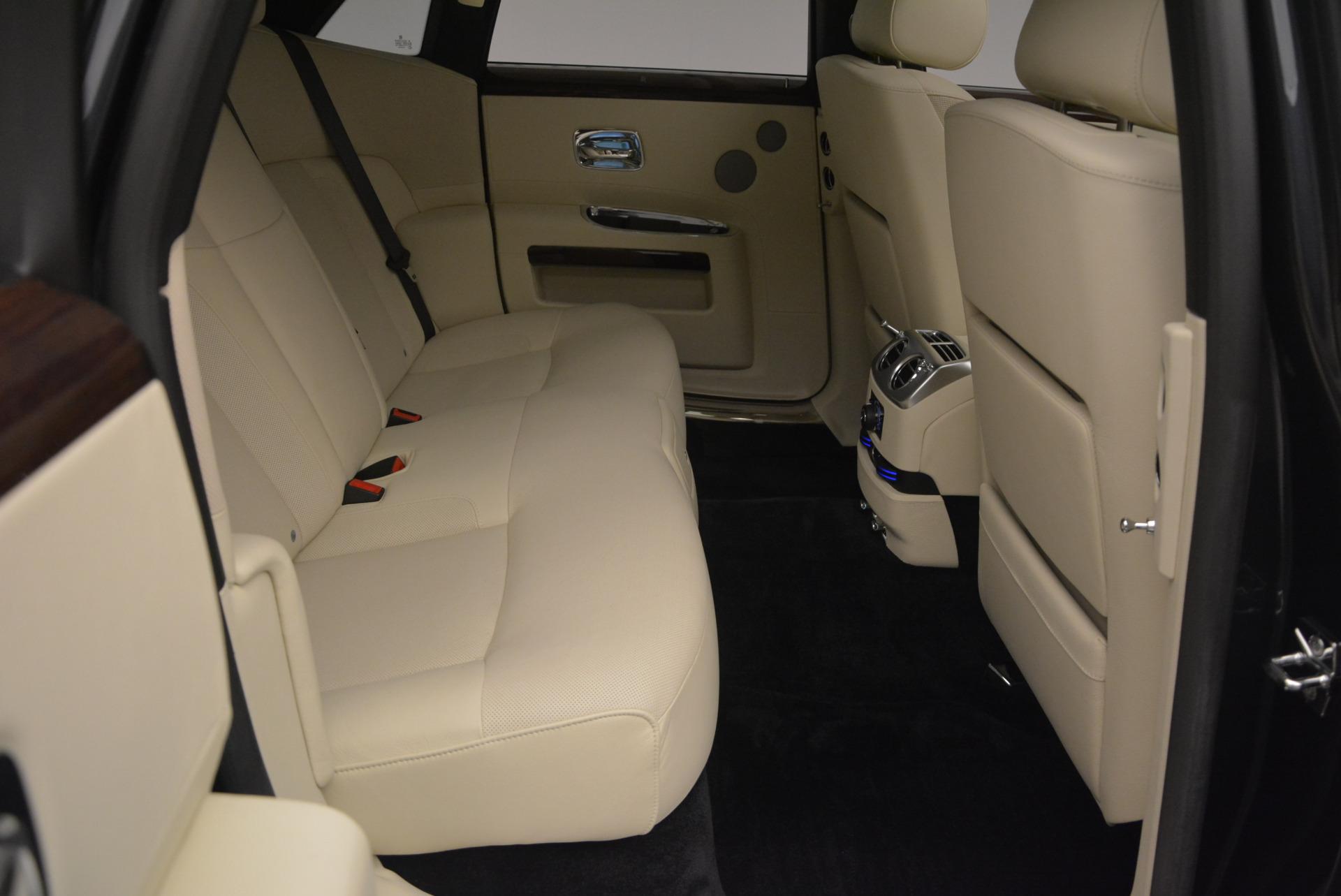 Used 2013 Rolls-Royce Ghost  For Sale In Westport, CT 739_p41