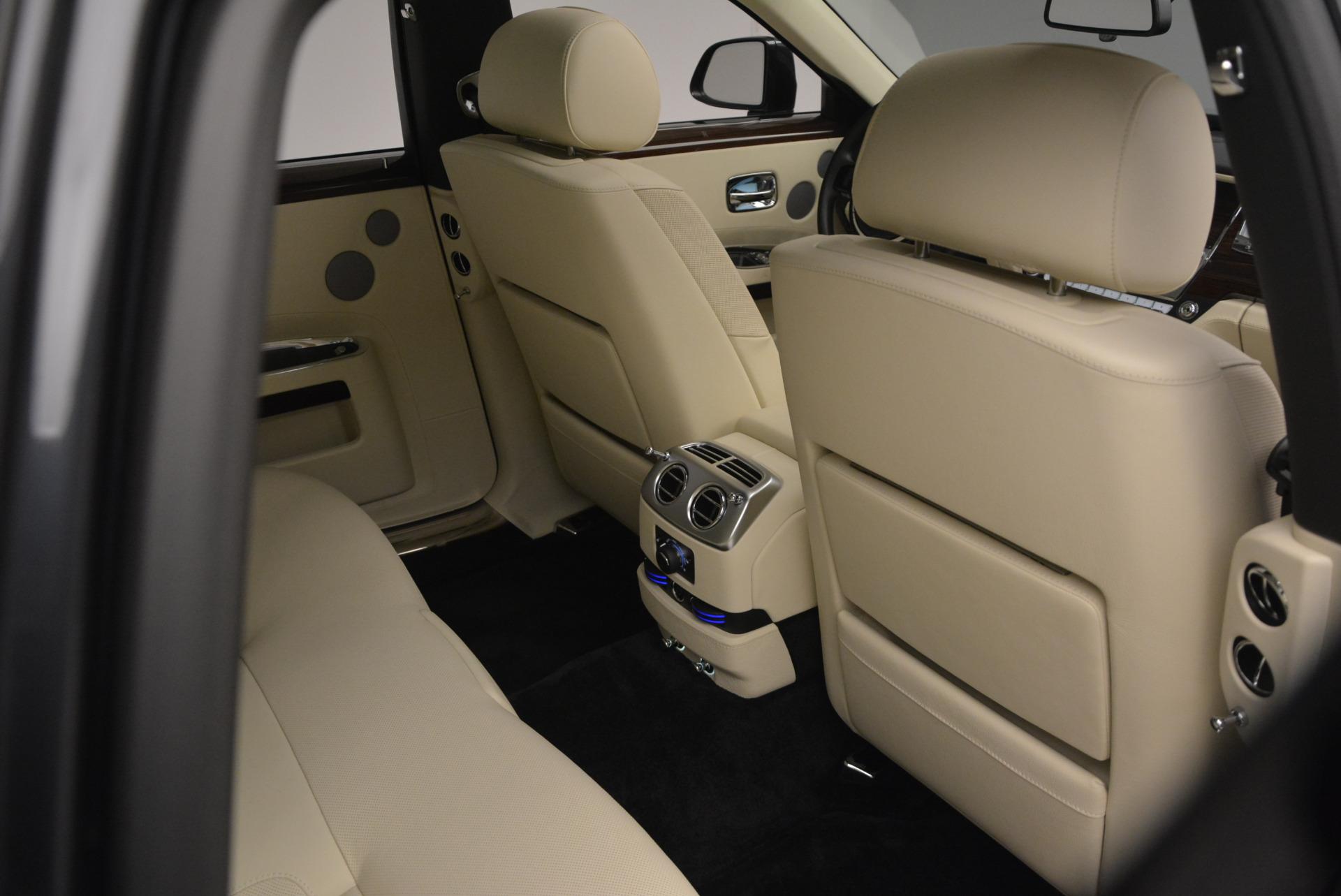 Used 2013 Rolls-Royce Ghost  For Sale In Westport, CT 739_p42