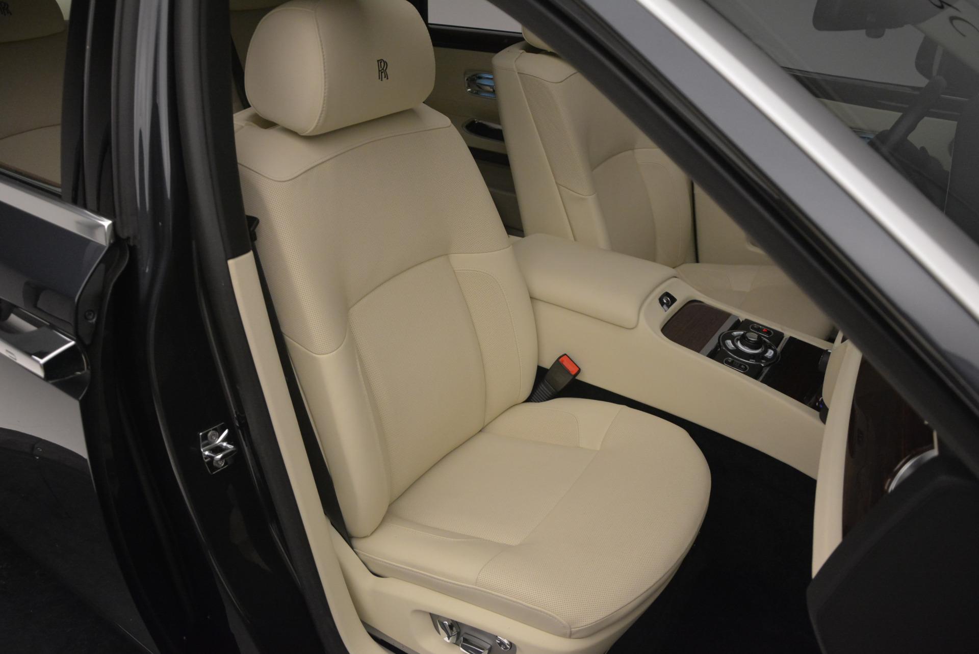 Used 2013 Rolls-Royce Ghost  For Sale In Westport, CT 739_p44