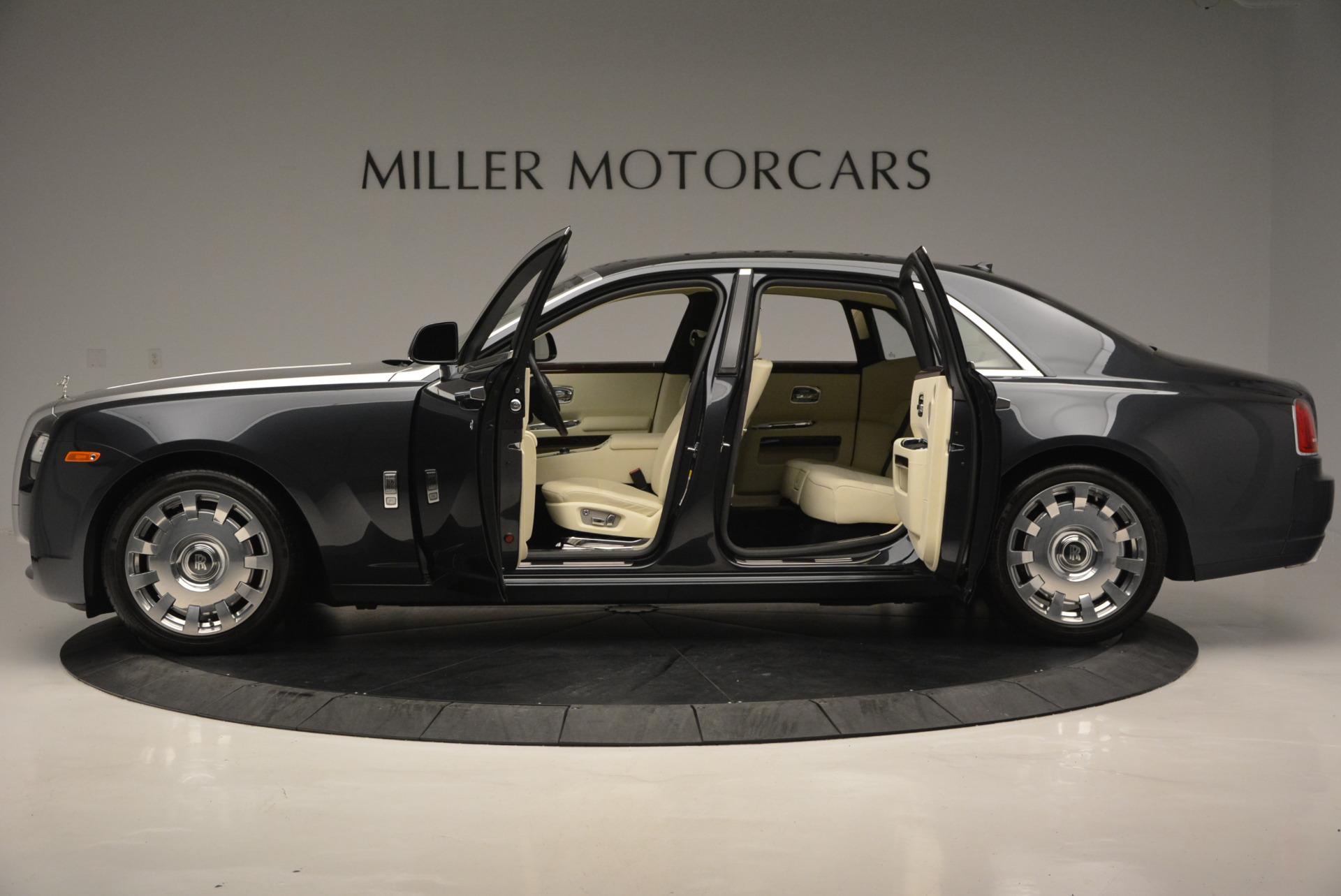Used 2013 Rolls-Royce Ghost  For Sale In Westport, CT 739_p4
