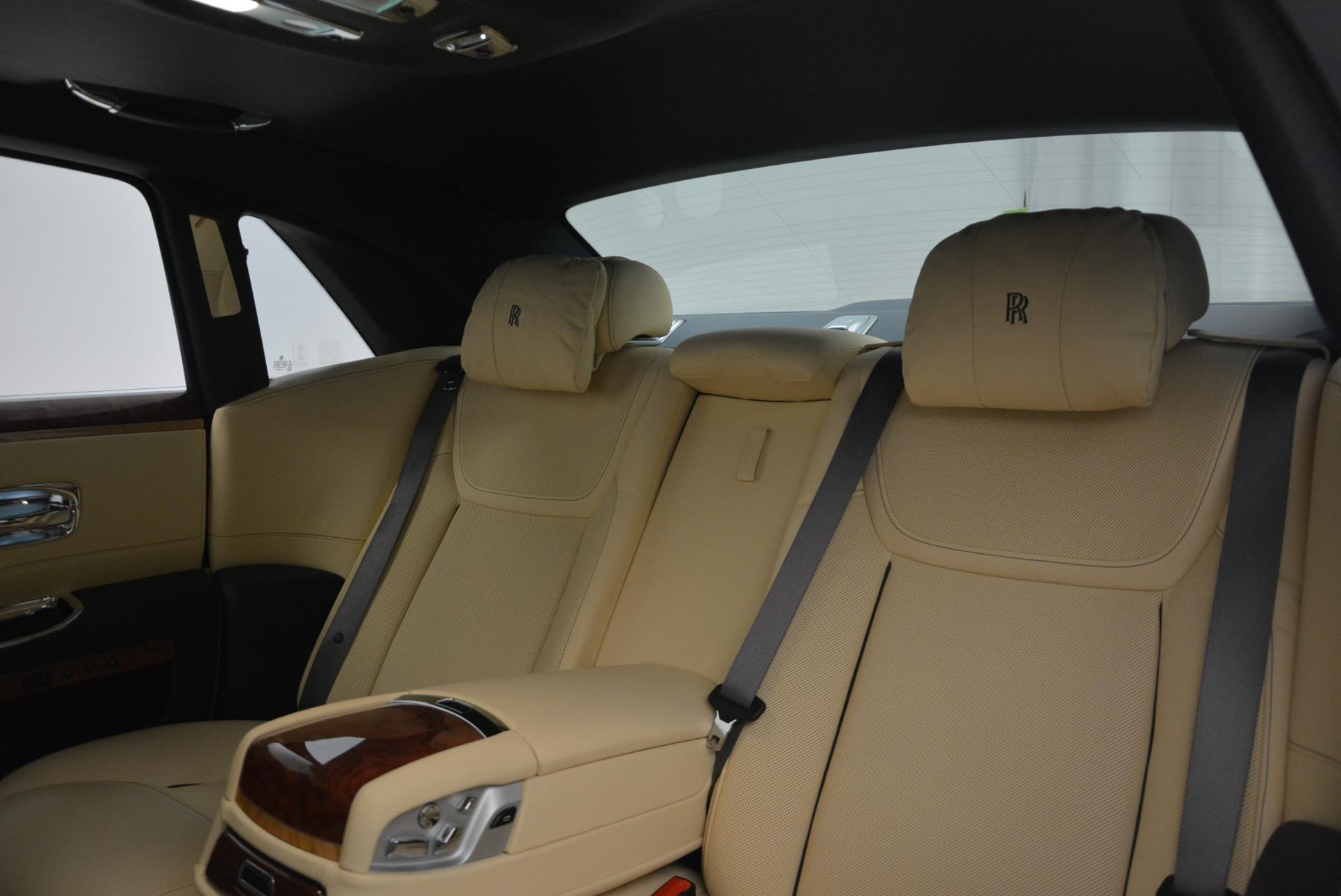 Used 2016 Rolls-Royce Ghost EWB For Sale In Westport, CT 746_p29