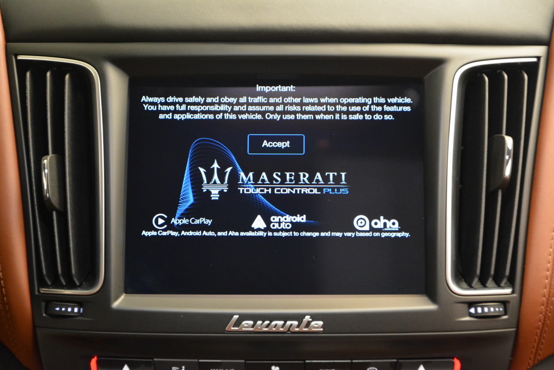 New 2017 Maserati Levante S For Sale In Westport, CT 750_p27