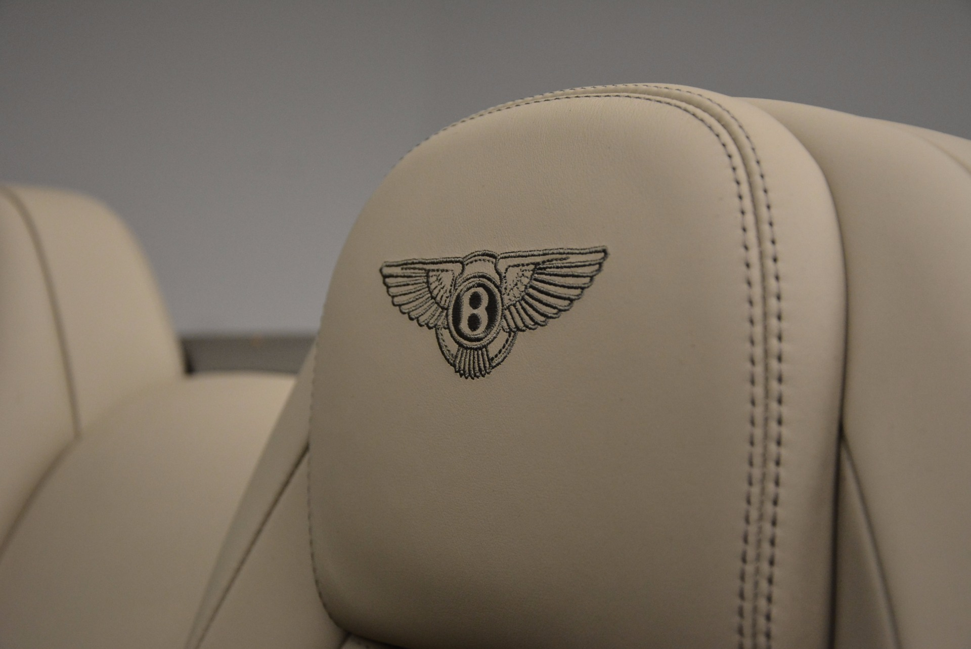 Used 2014 Bentley Continental GT V8 For Sale In Westport, CT 753_p42