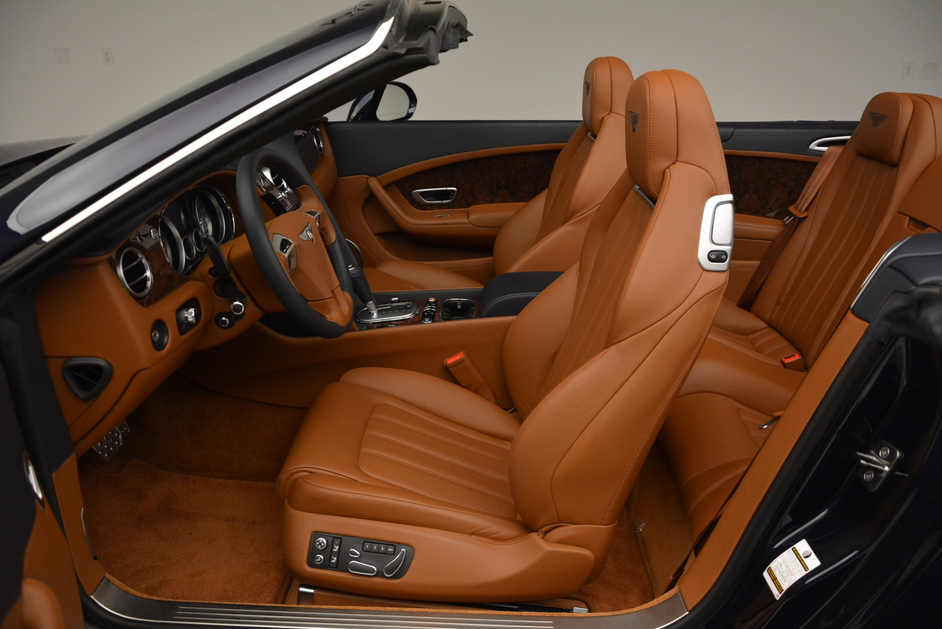Used 2014 Bentley Continental GT V8 For Sale In Westport, CT 754_p34