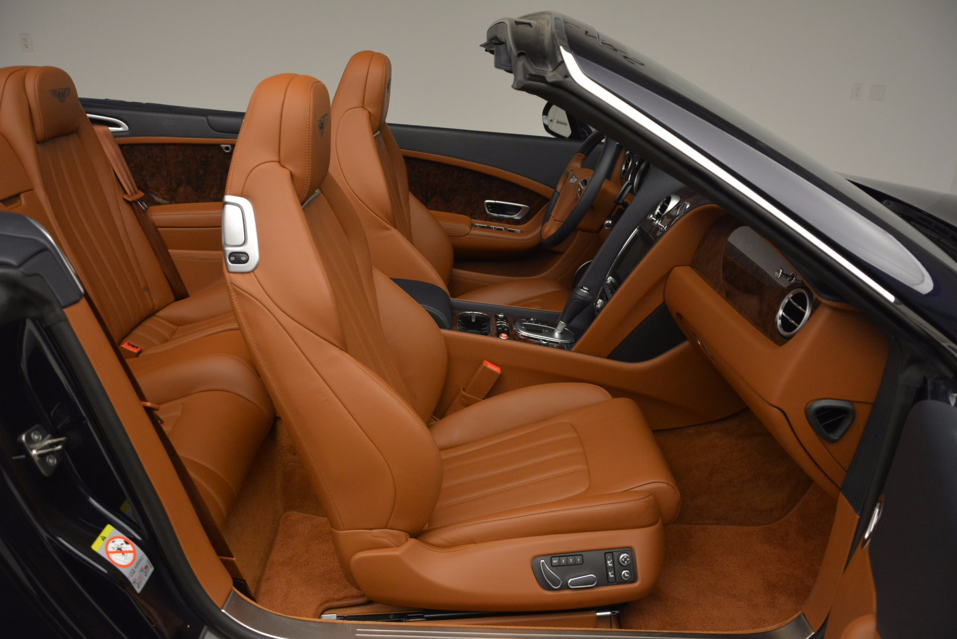 Used 2014 Bentley Continental GT V8 For Sale In Westport, CT 754_p43
