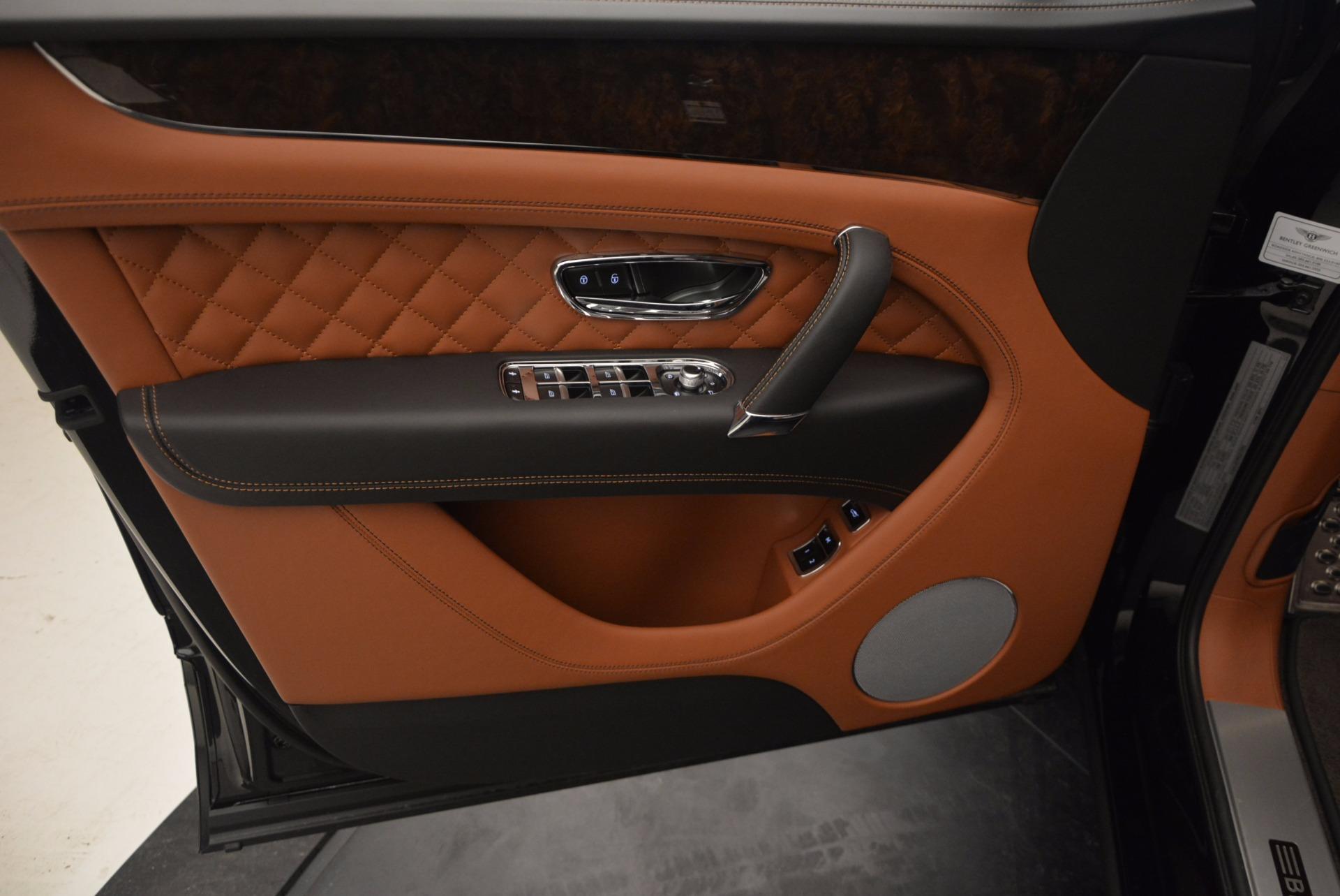 New 2017 Bentley Bentayga  For Sale In Westport, CT 757_p24