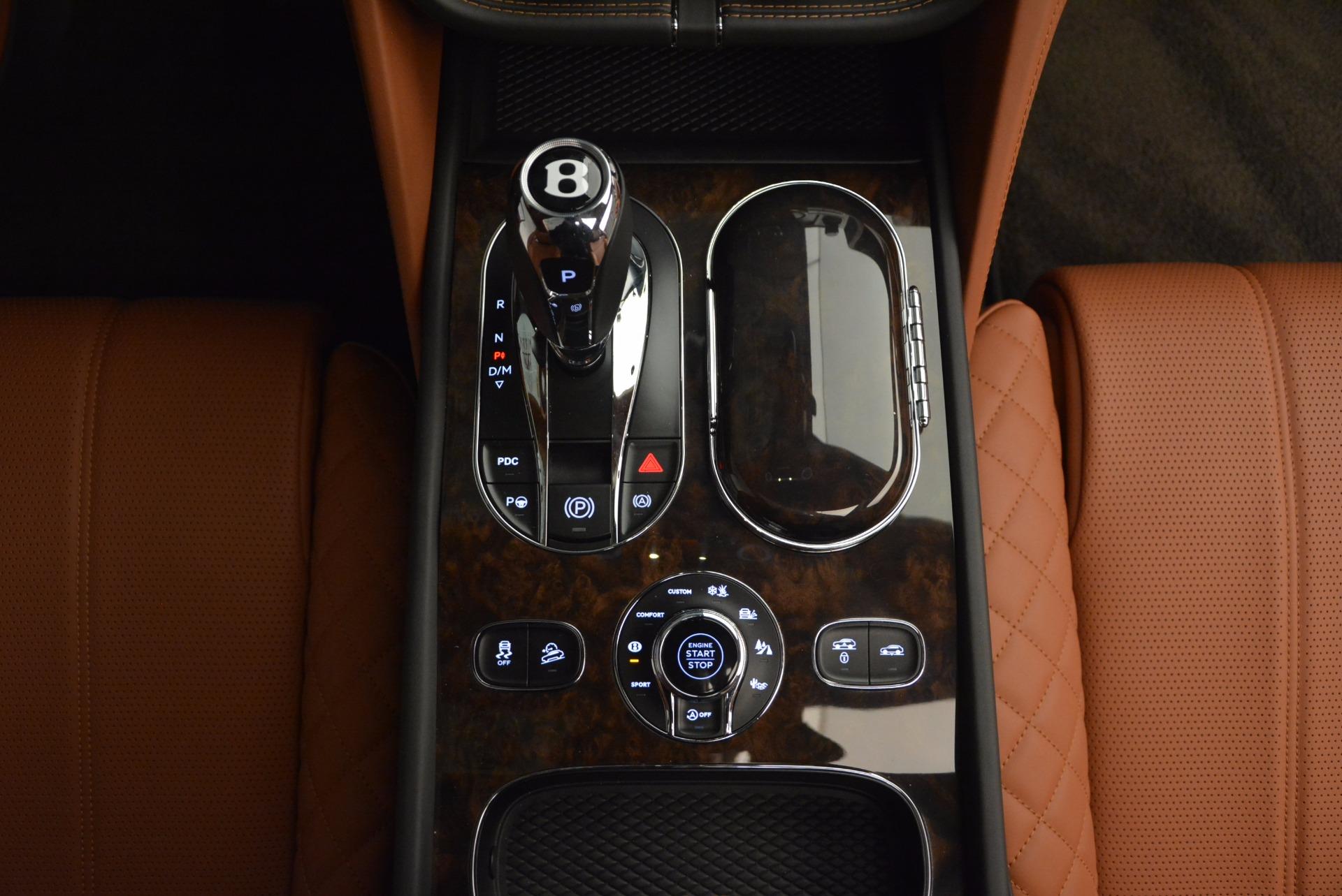 New 2017 Bentley Bentayga  For Sale In Westport, CT 757_p50