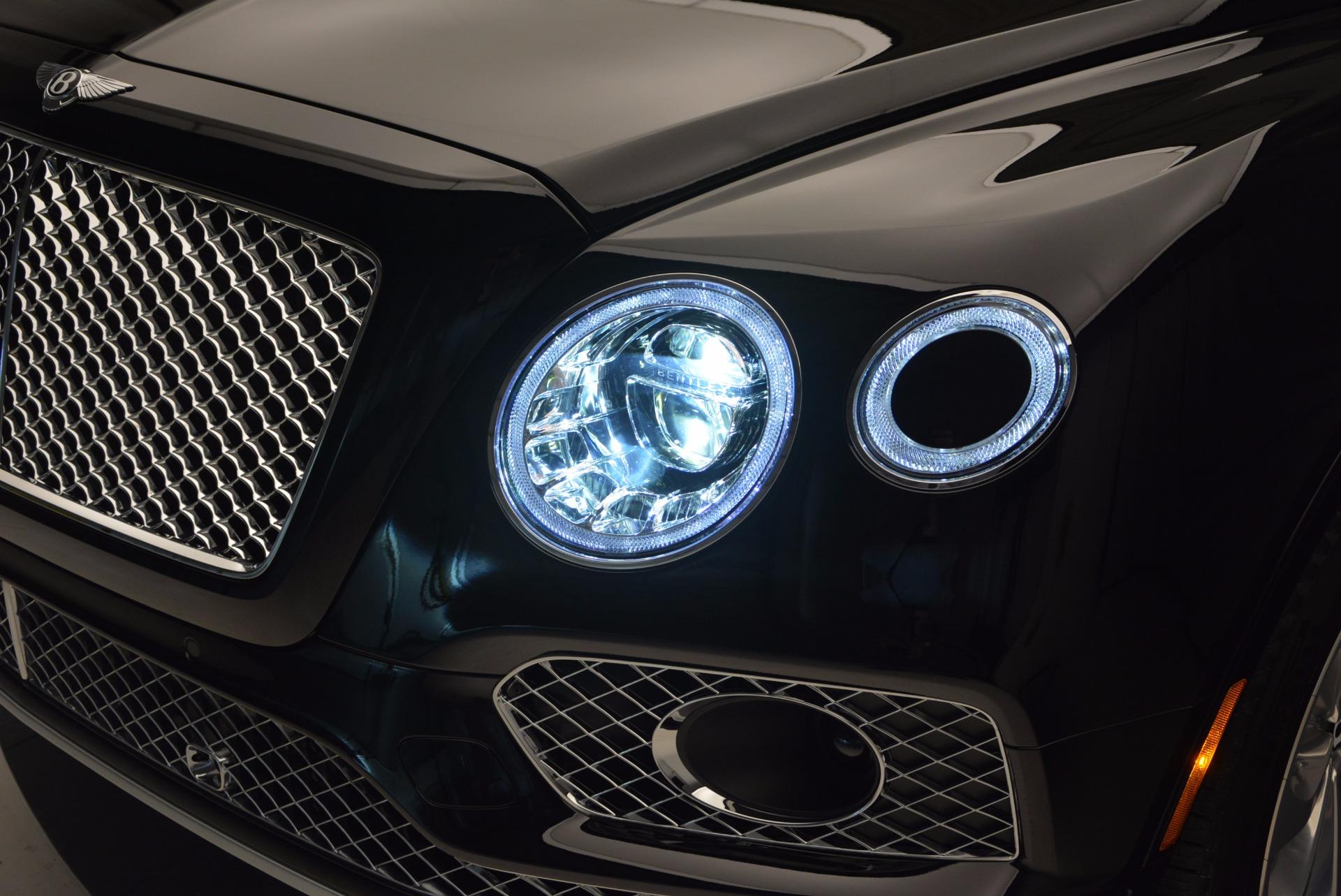 Used 2017 Bentley Bentayga  For Sale In Westport, CT 758_p19