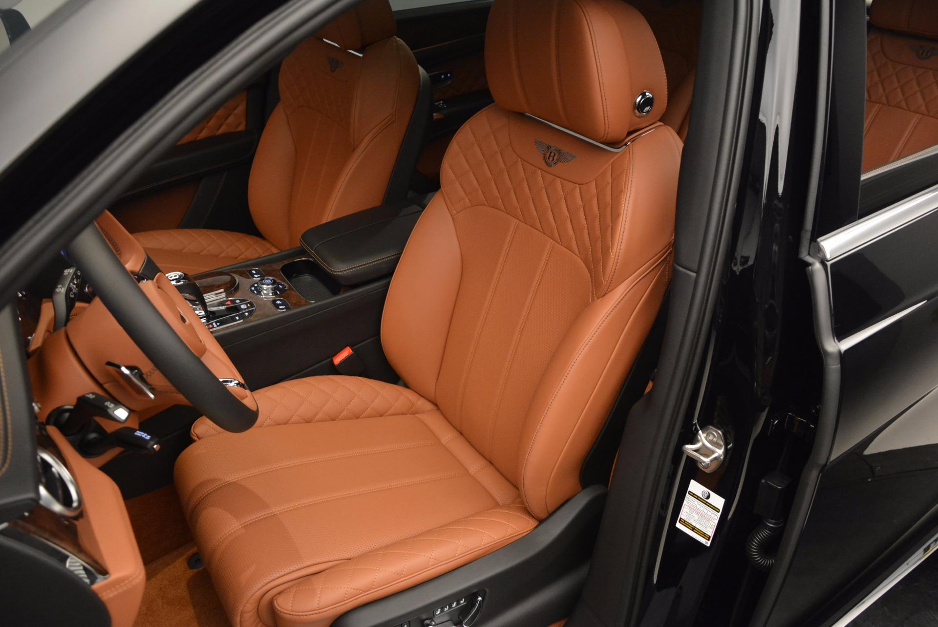Used 2017 Bentley Bentayga  For Sale In Westport, CT 758_p23