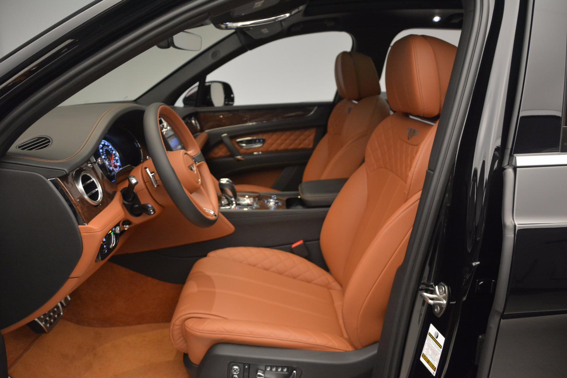 Used 2017 Bentley Bentayga  For Sale In Westport, CT 758_p24