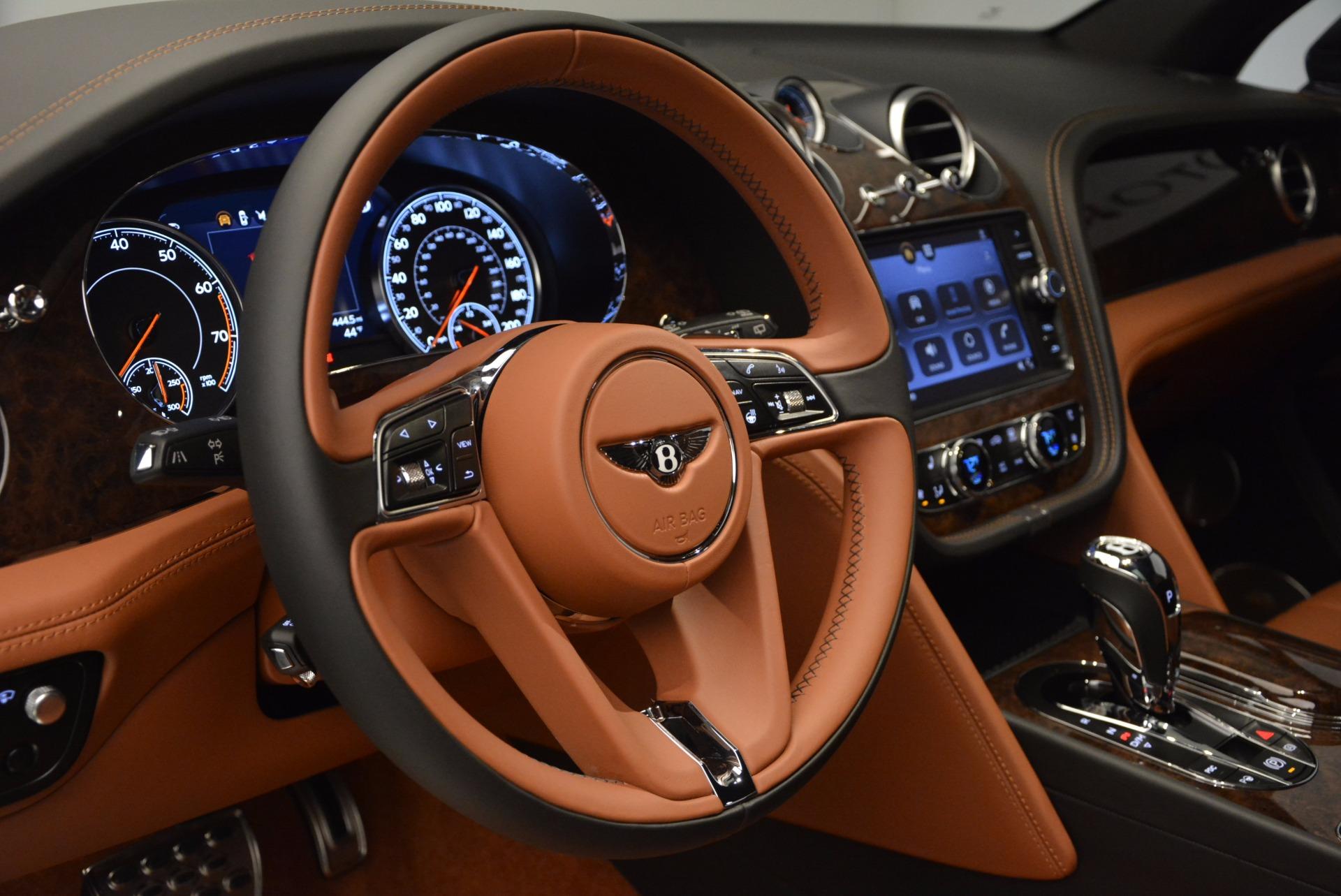 Used 2017 Bentley Bentayga  For Sale In Westport, CT 758_p26