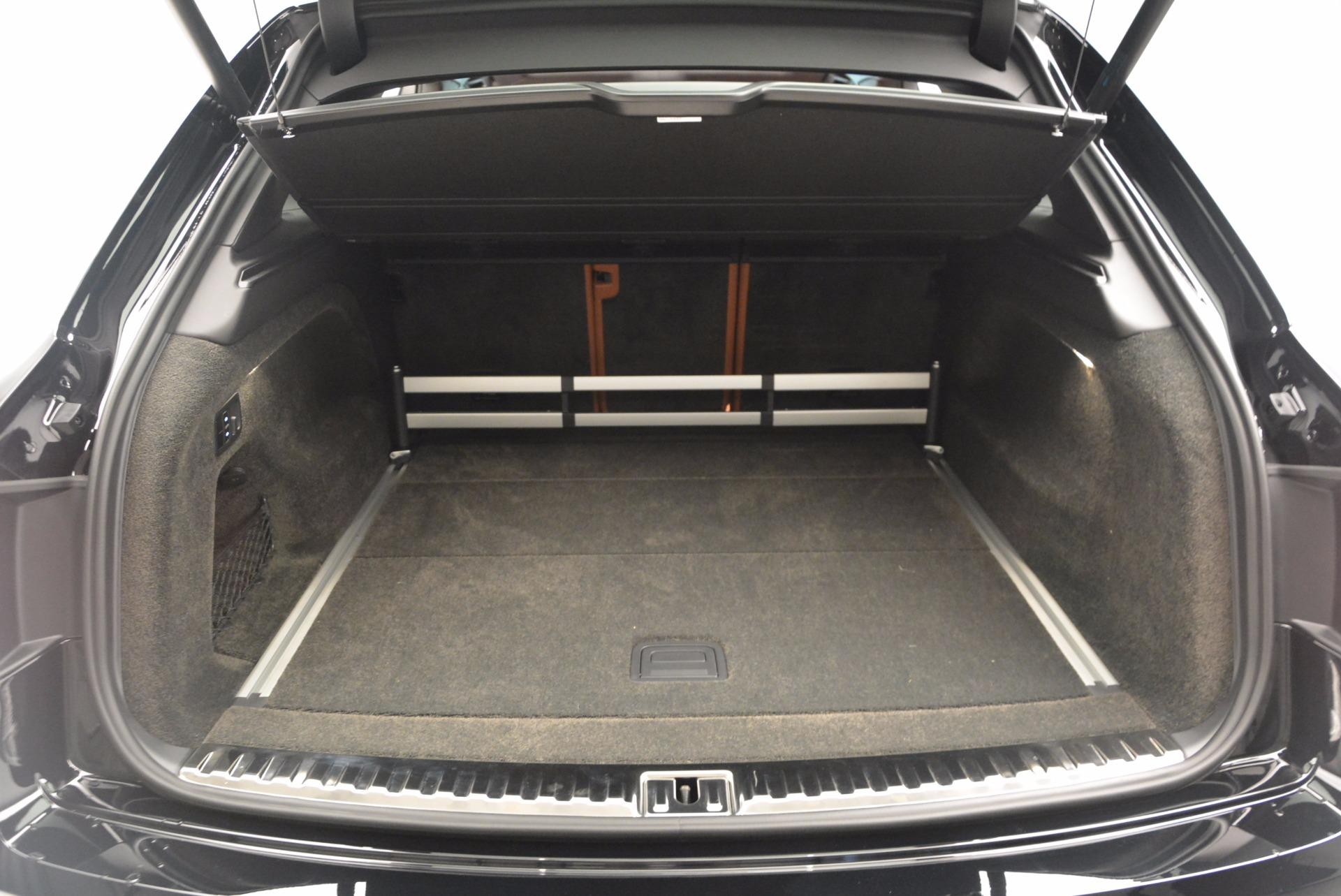 Used 2017 Bentley Bentayga  For Sale In Westport, CT 758_p41