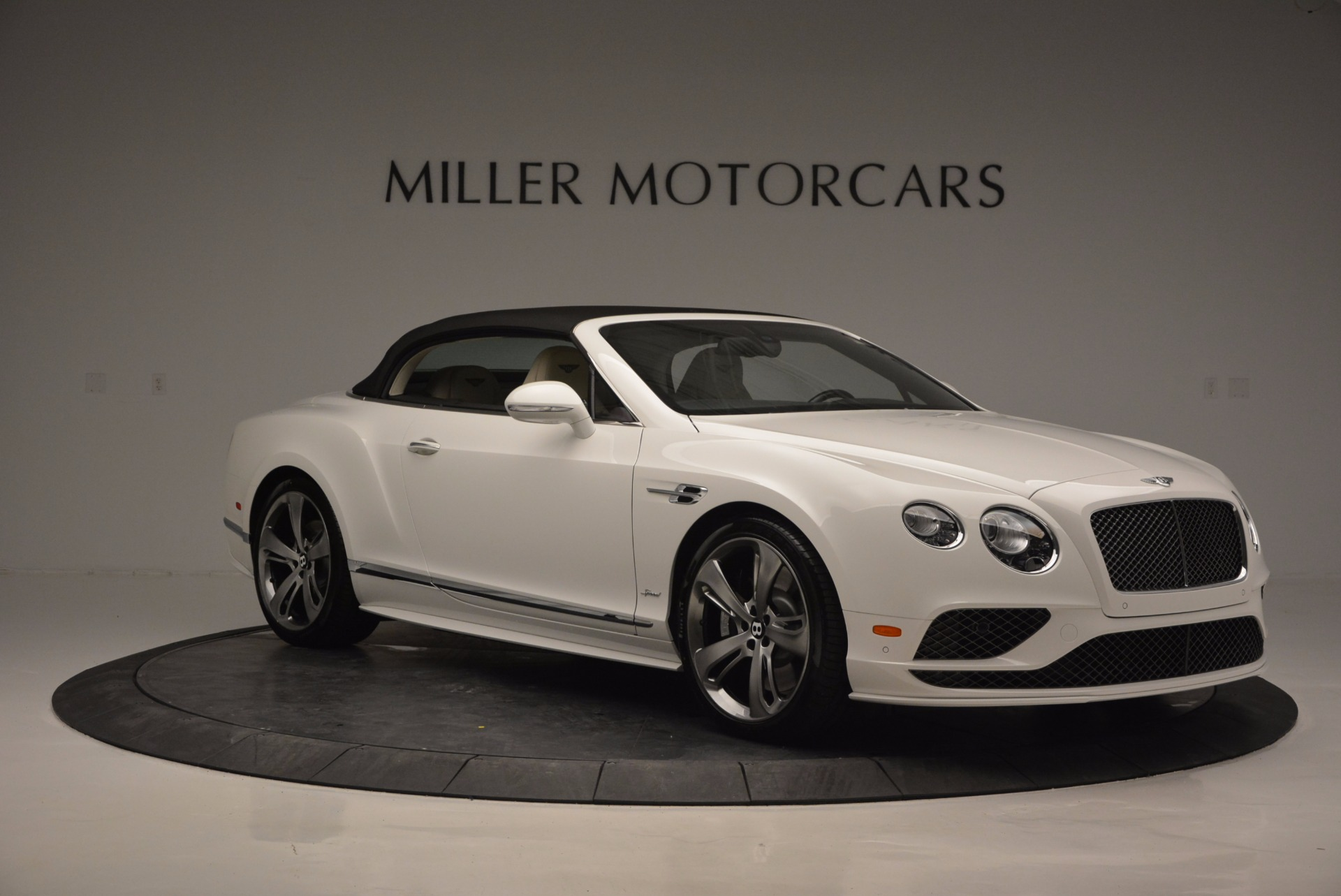 New 2017 Bentley Continental GT Speed Convertible  For Sale In Westport, CT 761_p23