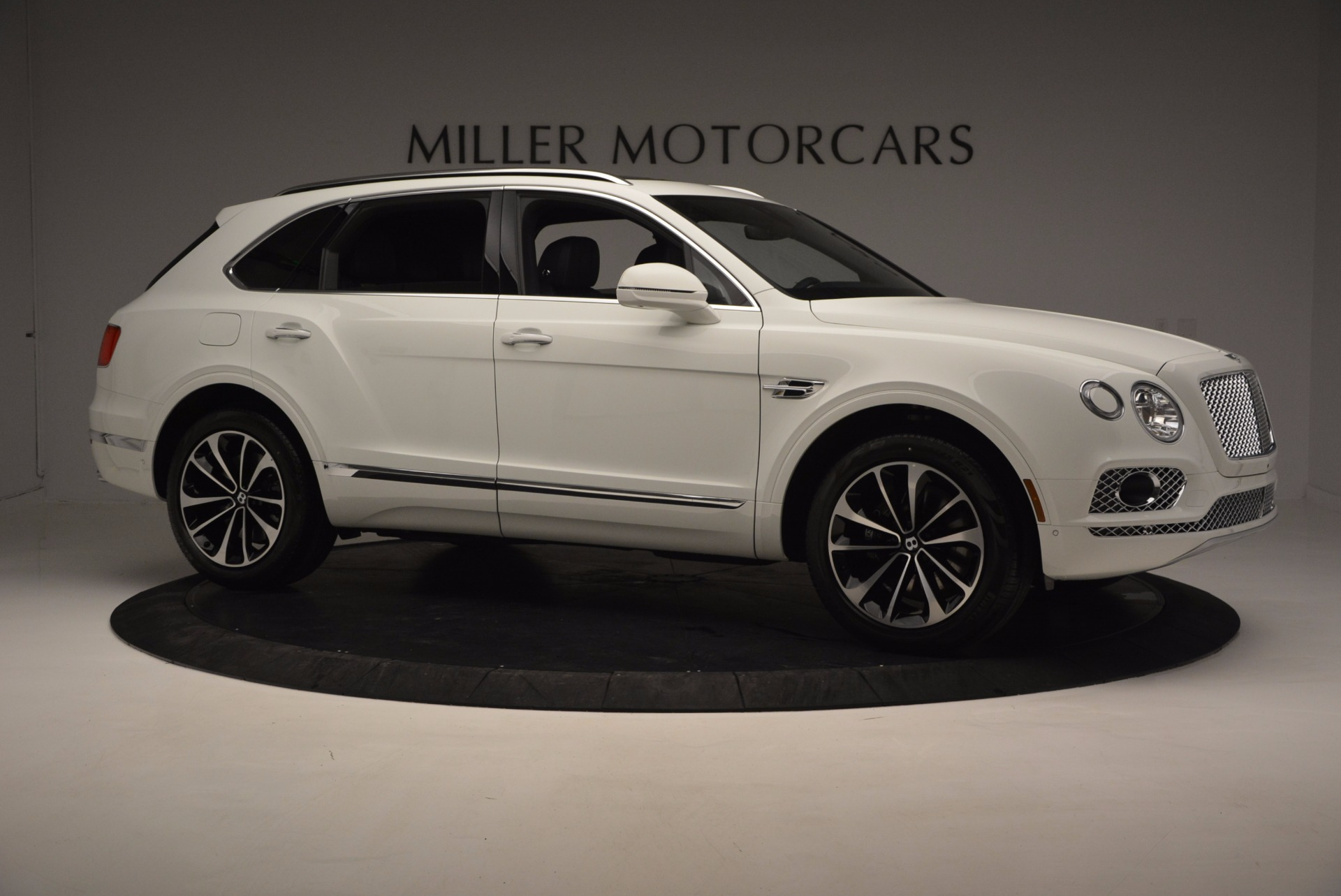 New 2017 Bentley Bentayga  For Sale In Westport, CT 794_p10