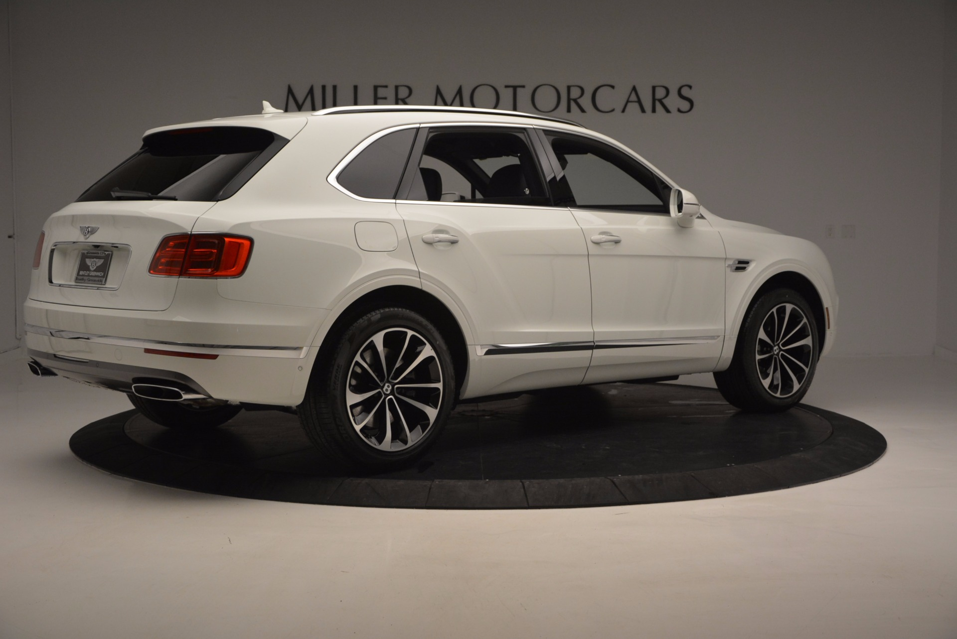 New 2017 Bentley Bentayga  For Sale In Westport, CT 794_p8
